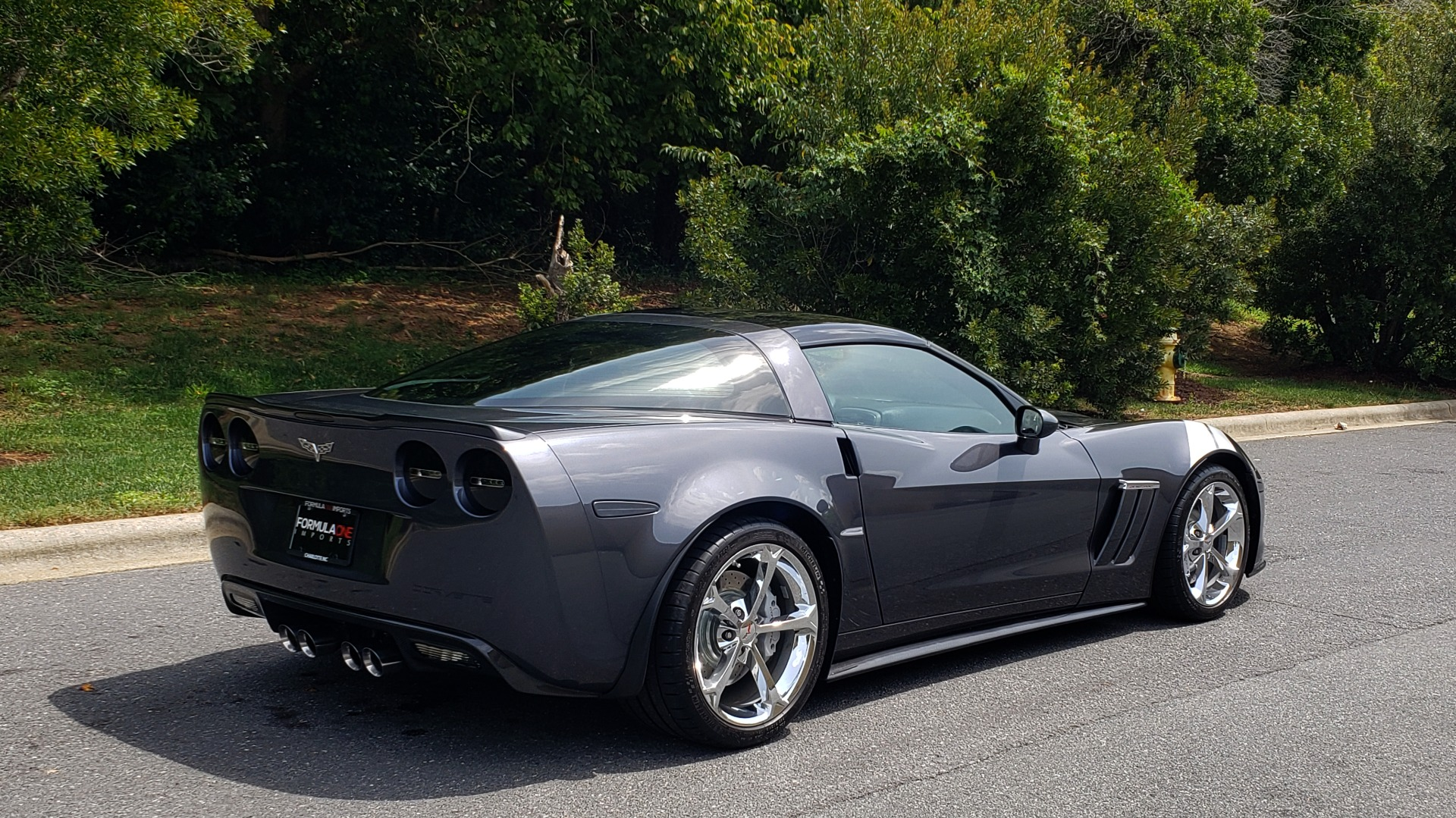Used 2010 Chevrolet CORVETTE Z16 GRAND SPORT 3LT / HUD / 6.2L V8 / 6-SPD AUTO / NPP EXH for sale Sold at Formula Imports in Charlotte NC 28227 5