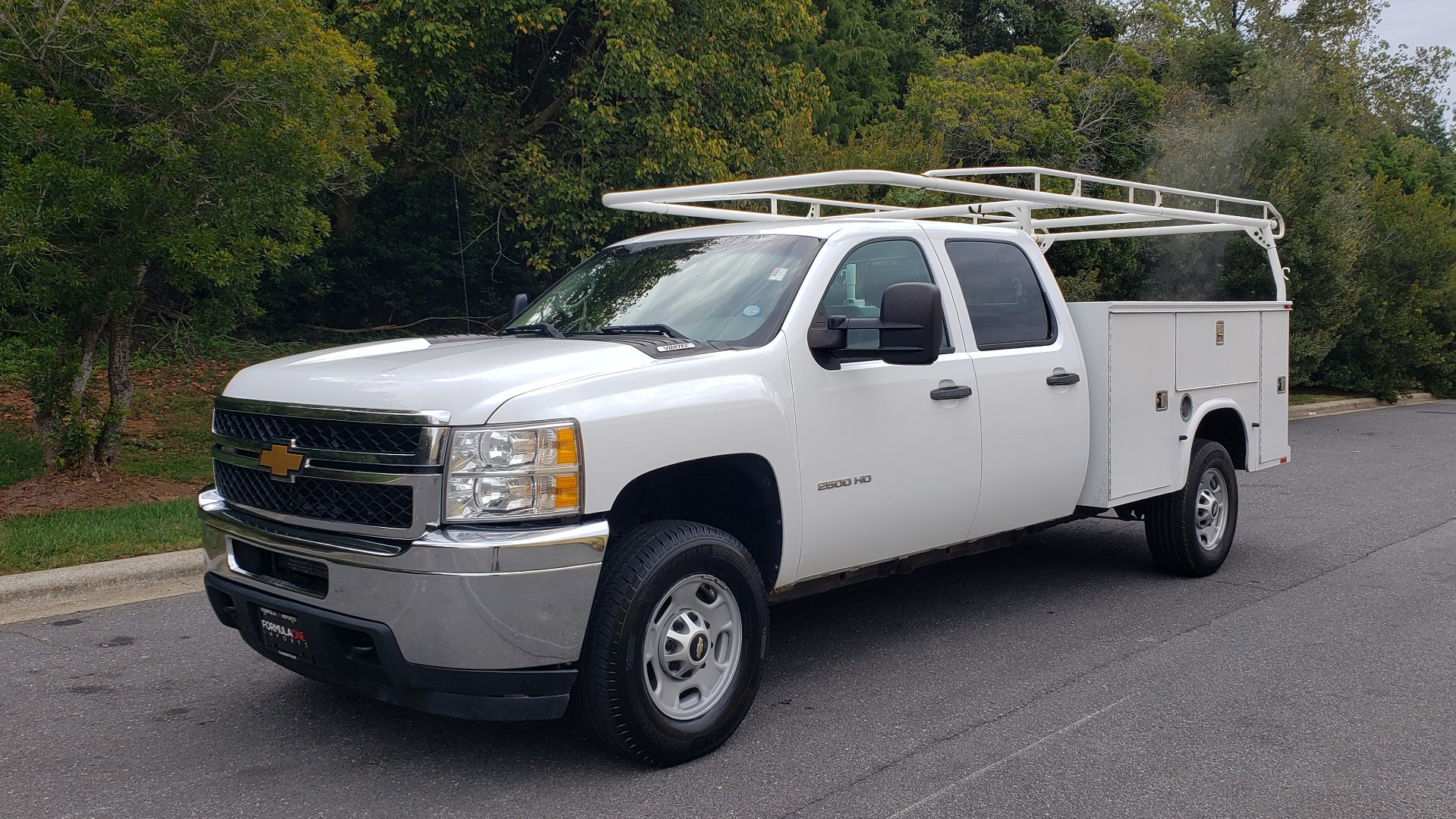 Used 2013 Chevrolet SILVERADO 2500HD WORK TRUCK 4WD / 6.0L V8 / AUTO / TOOL BOX / CLEAN for sale Sold at Formula Imports in Charlotte NC 28227 1
