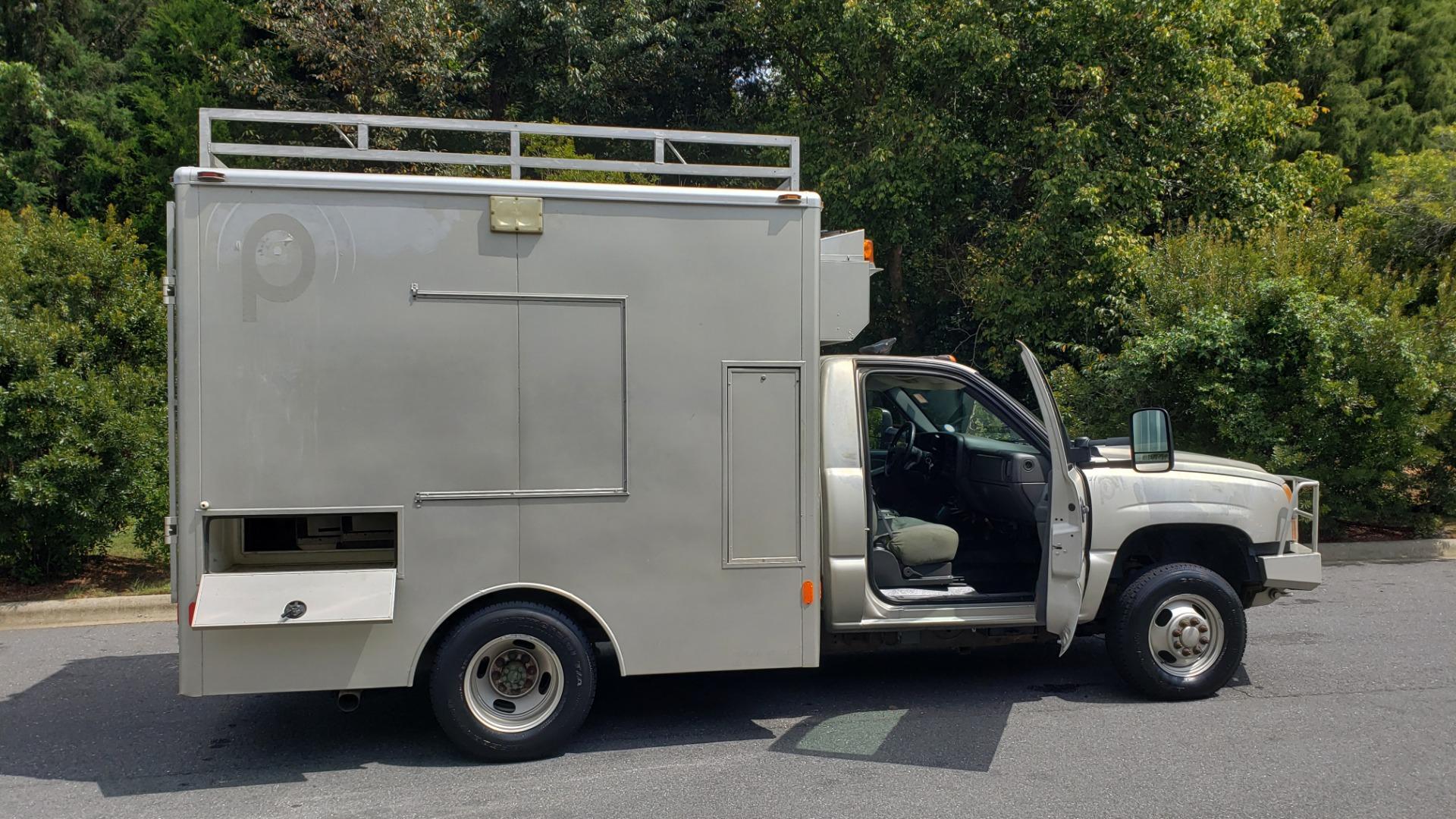 Used 2005 Chevrolet SILVERADO 3500 DRW / 4WD / REG CAB / 6.6L DURAMAX / DOOMSDAY PREPPER for sale $21,595 at Formula Imports in Charlotte NC 28227 14