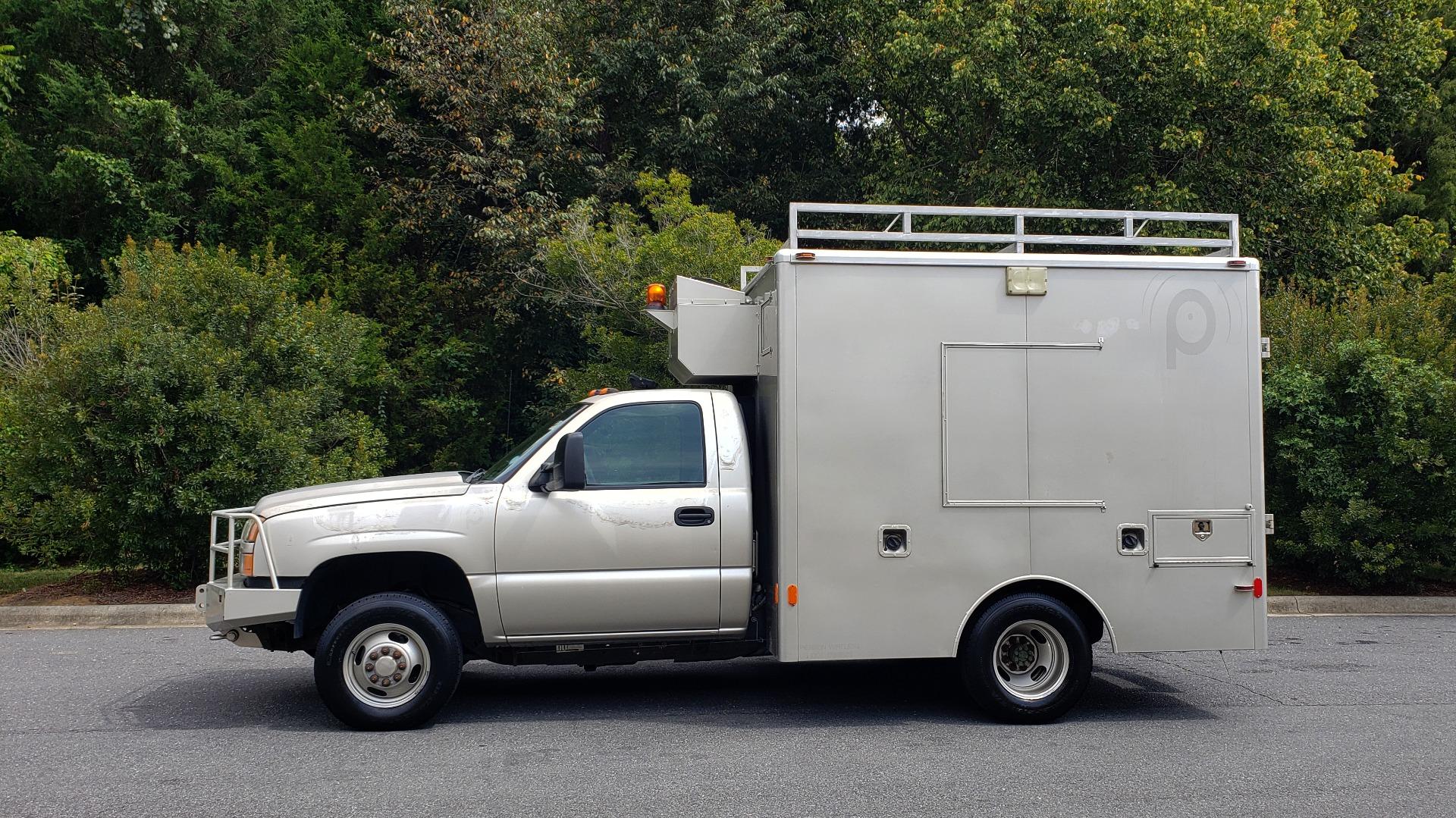Used 2005 Chevrolet SILVERADO 3500 DRW / 4WD / REG CAB / 6.6L DURAMAX / DOOMSDAY PREPPER for sale $21,595 at Formula Imports in Charlotte NC 28227 2