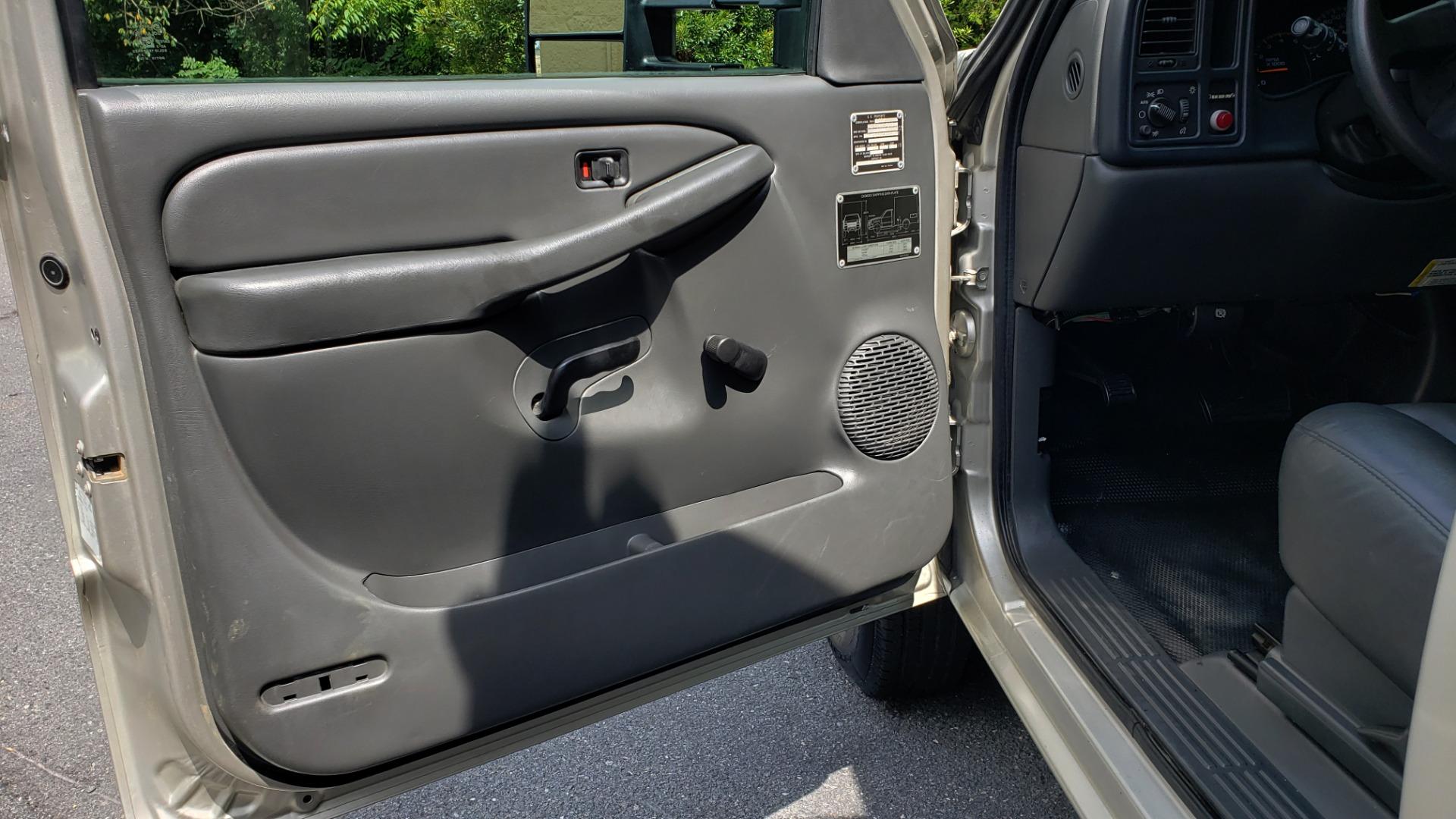 Used 2005 Chevrolet SILVERADO 3500 DRW / 4WD / REG CAB / 6.6L DURAMAX / DOOMSDAY PREPPER for sale $21,595 at Formula Imports in Charlotte NC 28227 30
