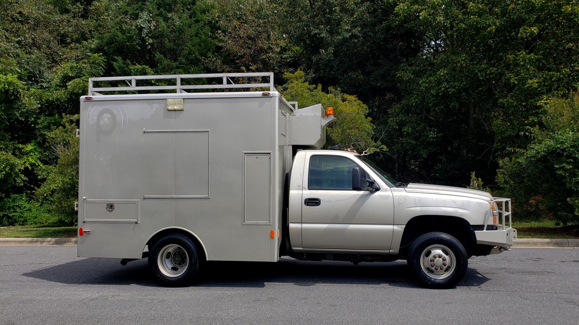 Used 2005 Chevrolet SILVERADO 3500 DRW / 4WD / REG CAB / 6.6L DURAMAX / DOOMSDAY PREPPER for sale $21,595 at Formula Imports in Charlotte NC 28227 5