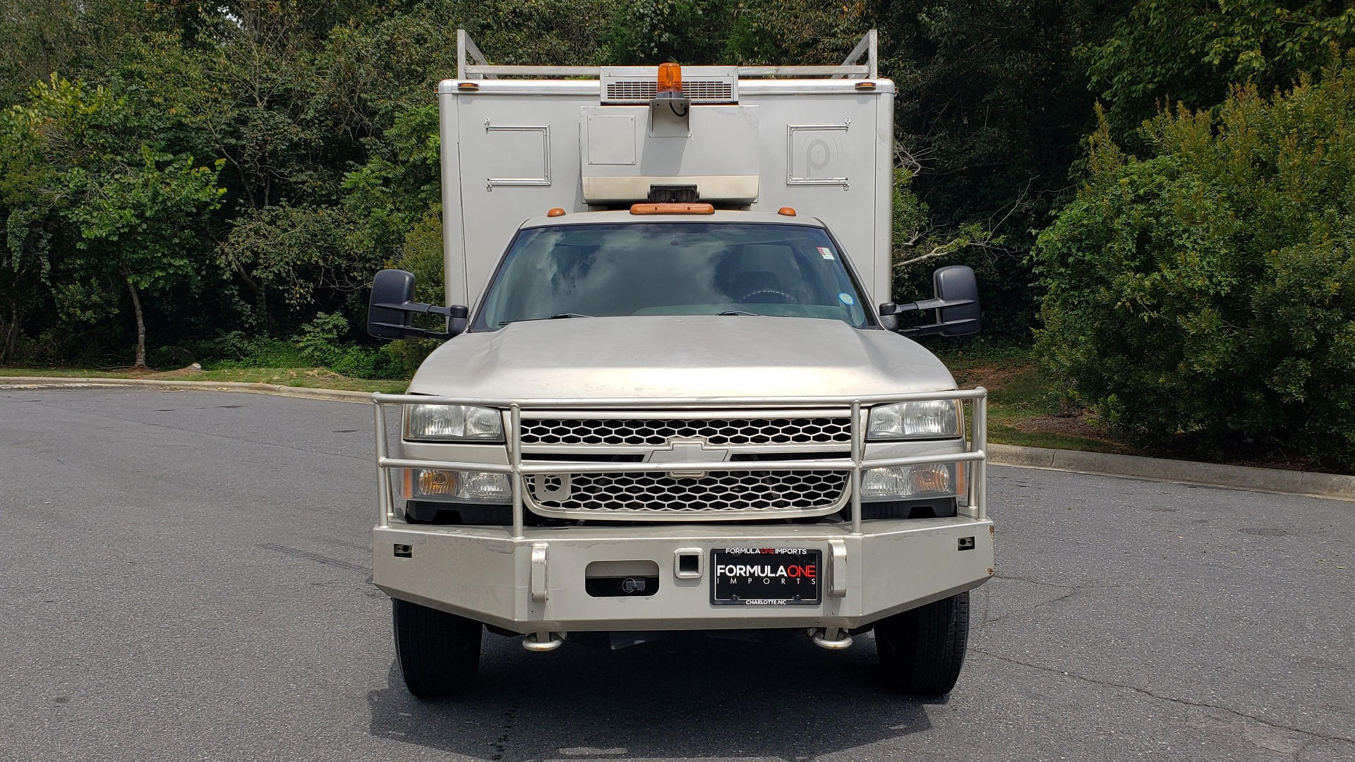 Used 2005 Chevrolet SILVERADO 3500 DRW / 4WD / REG CAB / 6.6L DURAMAX / DOOMSDAY PREPPER for sale $23,995 at Formula Imports in Charlotte NC 28227 7