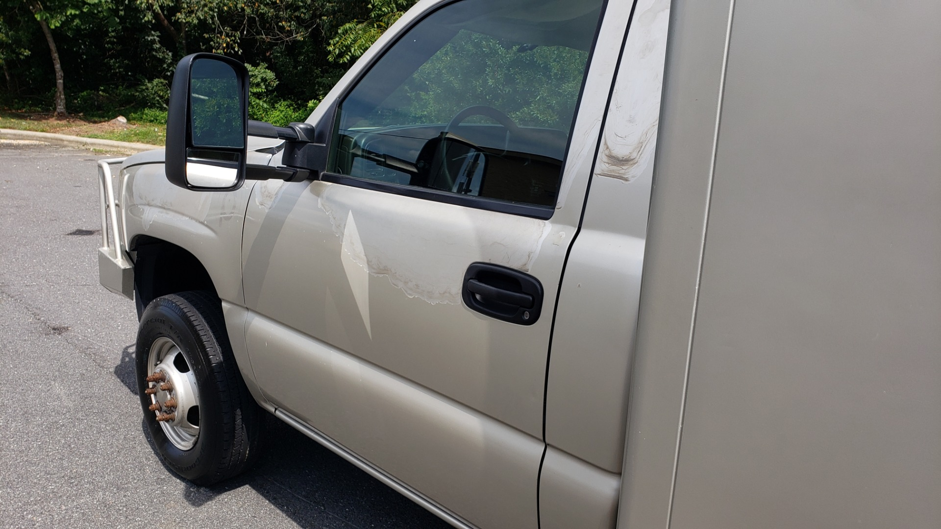 Used 2005 Chevrolet SILVERADO 3500 DRW / 4WD / REG CAB / 6.6L DURAMAX / DOOMSDAY PREPPER for sale $23,995 at Formula Imports in Charlotte NC 28227 9