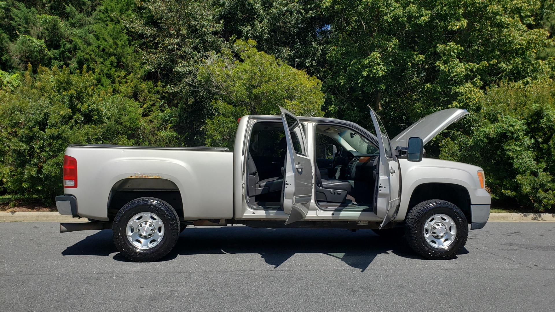 Used 2008 GMC SIERRA 2500HD SLT 4WD CREWCAB / 6.6L DURAMAX / 6-SPD ALLISON for sale Sold at Formula Imports in Charlotte NC 28227 12