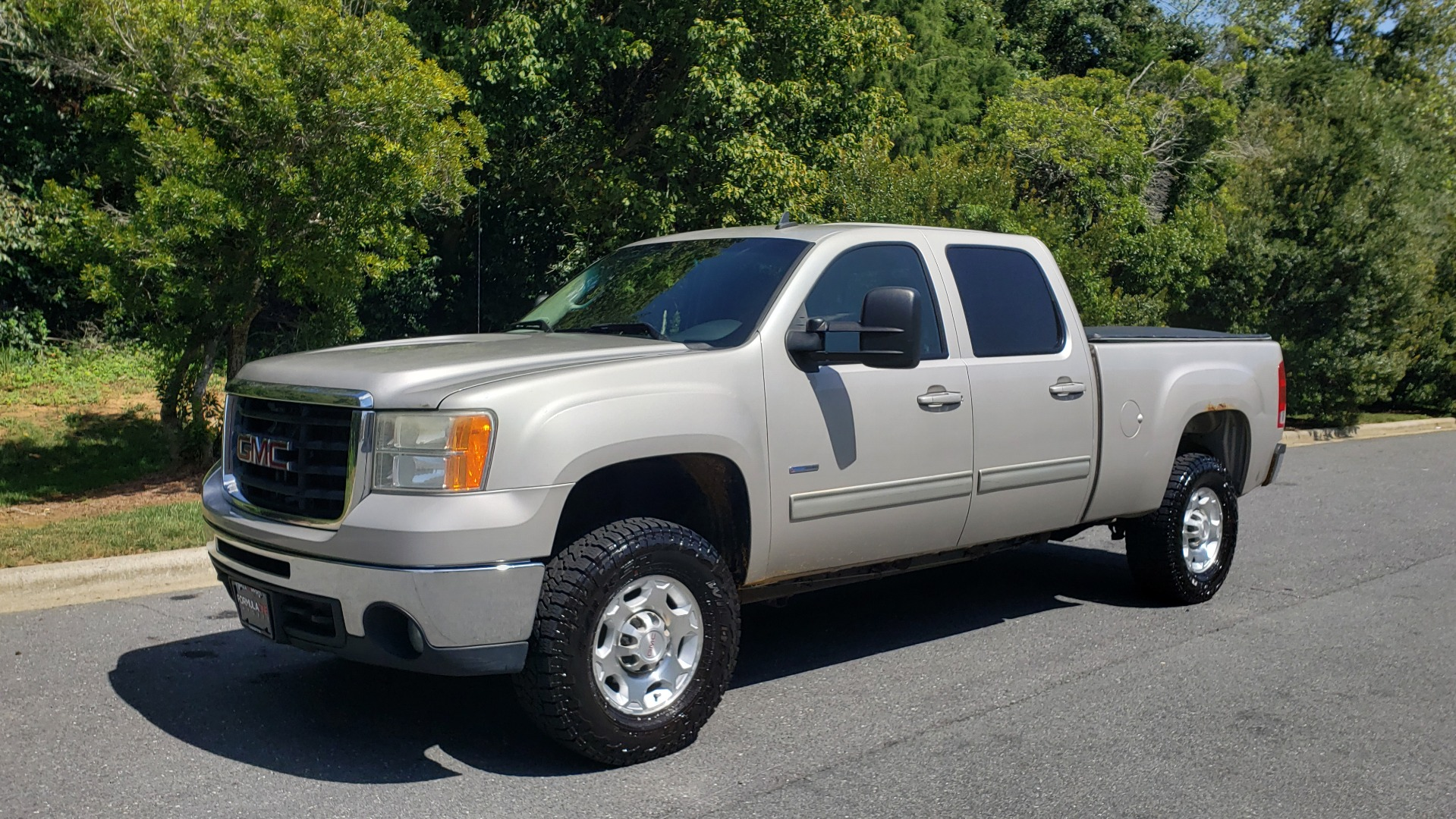 Used 2008 GMC SIERRA 2500HD SLT 4WD CREWCAB / 6.6L DURAMAX / 6-SPD ALLISON for sale Sold at Formula Imports in Charlotte NC 28227 3