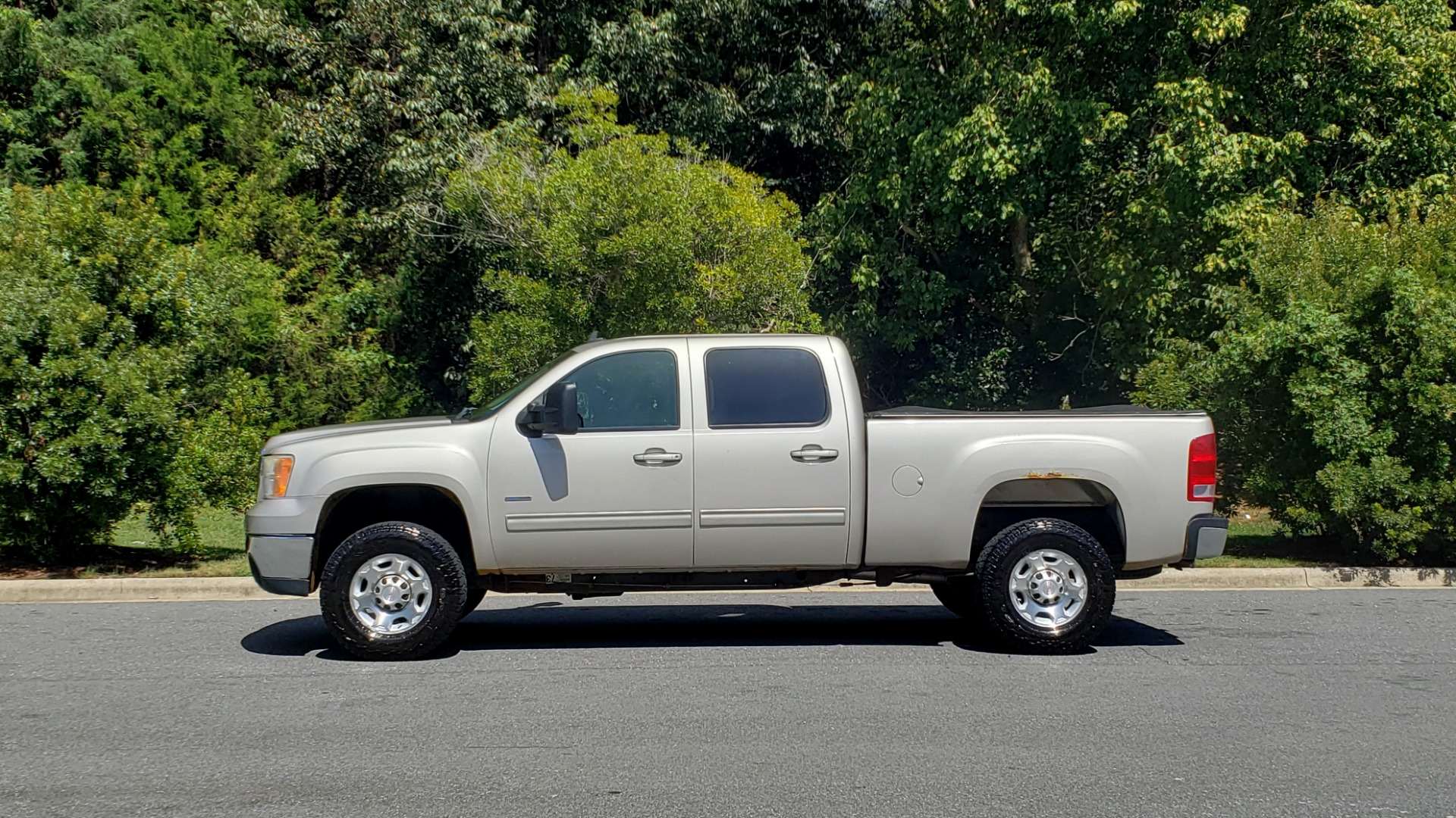 Used 2008 GMC SIERRA 2500HD SLT 4WD CREWCAB / 6.6L DURAMAX / 6-SPD ALLISON for sale Sold at Formula Imports in Charlotte NC 28227 4