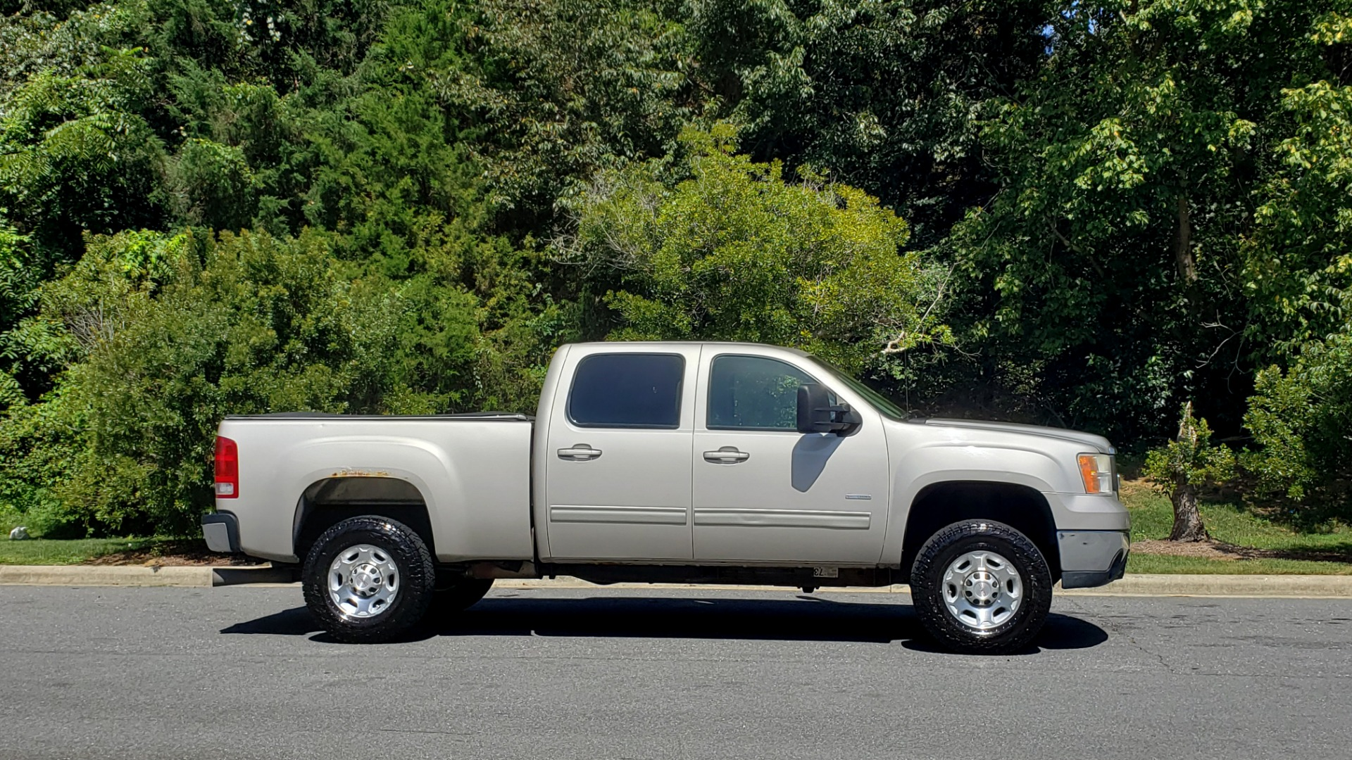Used 2008 GMC SIERRA 2500HD SLT 4WD CREWCAB / 6.6L DURAMAX / 6-SPD ALLISON for sale Sold at Formula Imports in Charlotte NC 28227 7