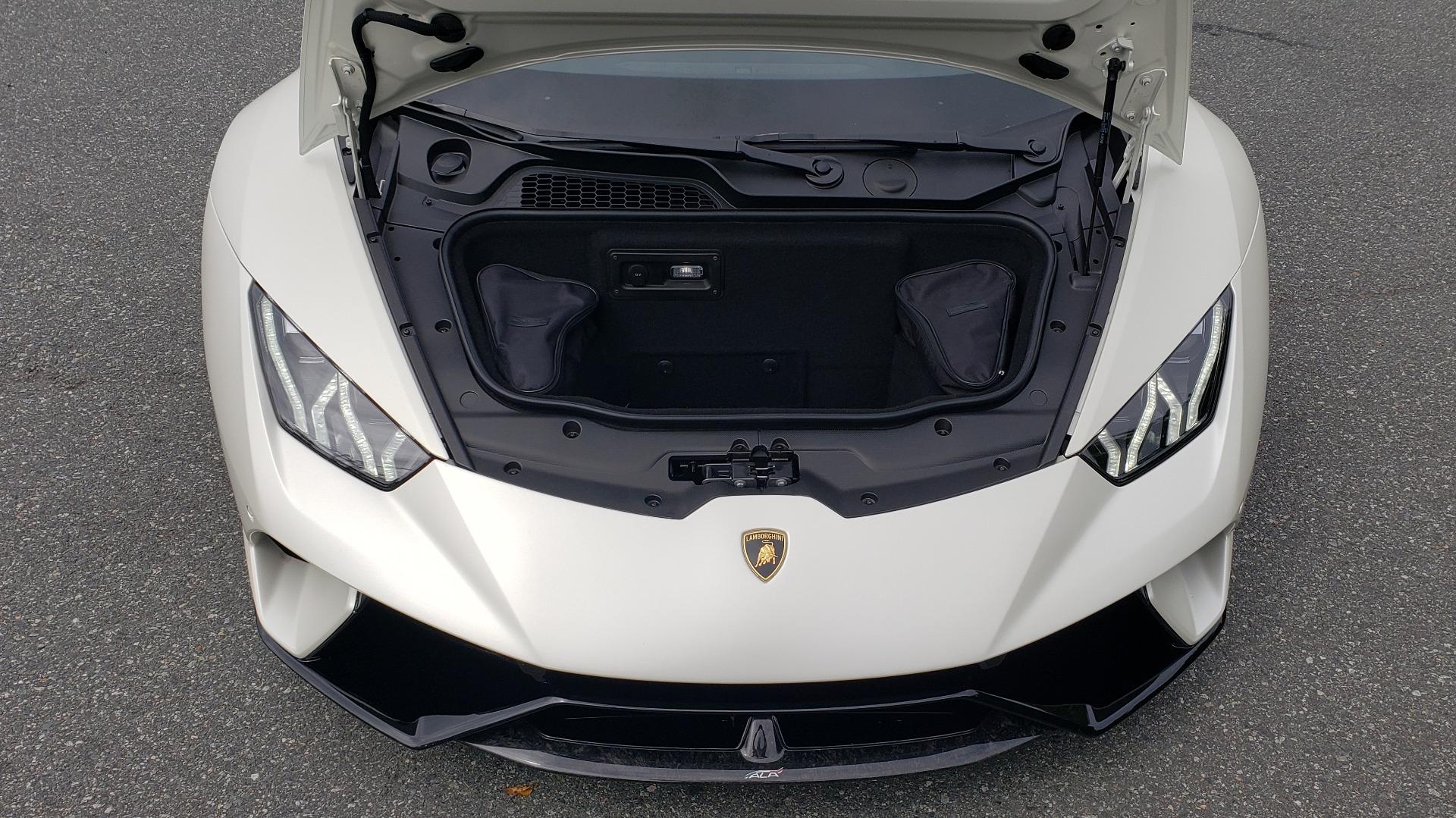 Used 2018 Lamborghini HURACAN PERFORMANTE 5.2L V10 / 630HP / 7-SPD AUTO / AWD / NAV / PREM SND for sale $269,995 at Formula Imports in Charlotte NC 28227 13