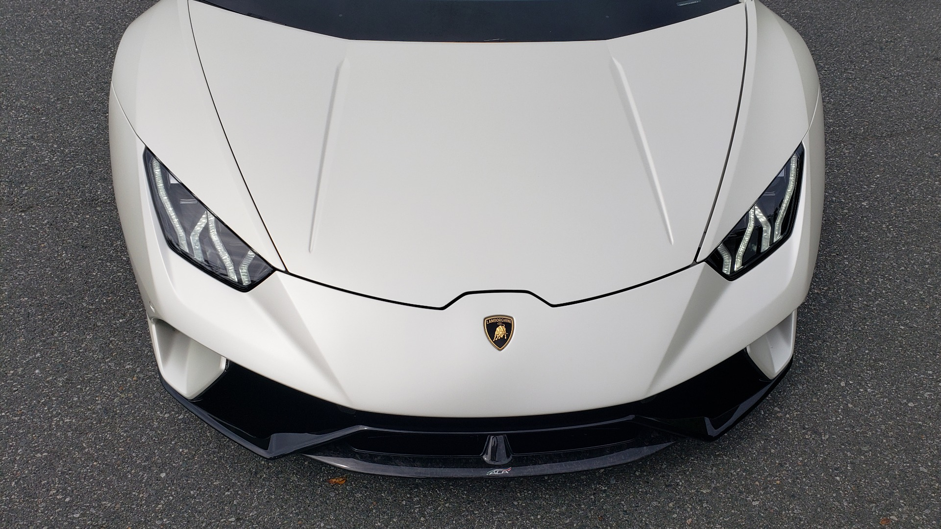 Used 2018 Lamborghini HURACAN PERFORMANTE 5.2L V10 / 630HP / 7-SPD AUTO / AWD / NAV / PREM SND for sale $269,995 at Formula Imports in Charlotte NC 28227 17