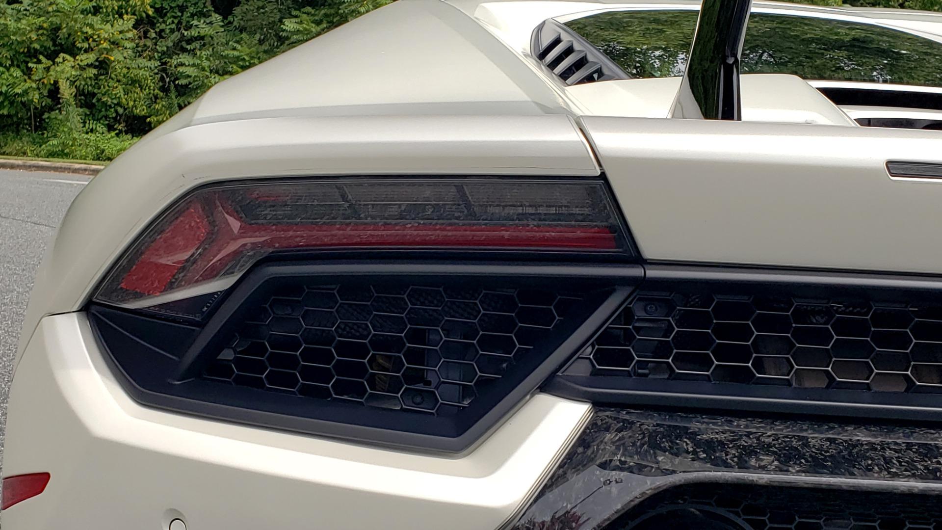 Used 2018 Lamborghini HURACAN PERFORMANTE 5.2L V10 / 630HP / 7-SPD AUTO / AWD / NAV / PREM SND for sale $269,995 at Formula Imports in Charlotte NC 28227 38