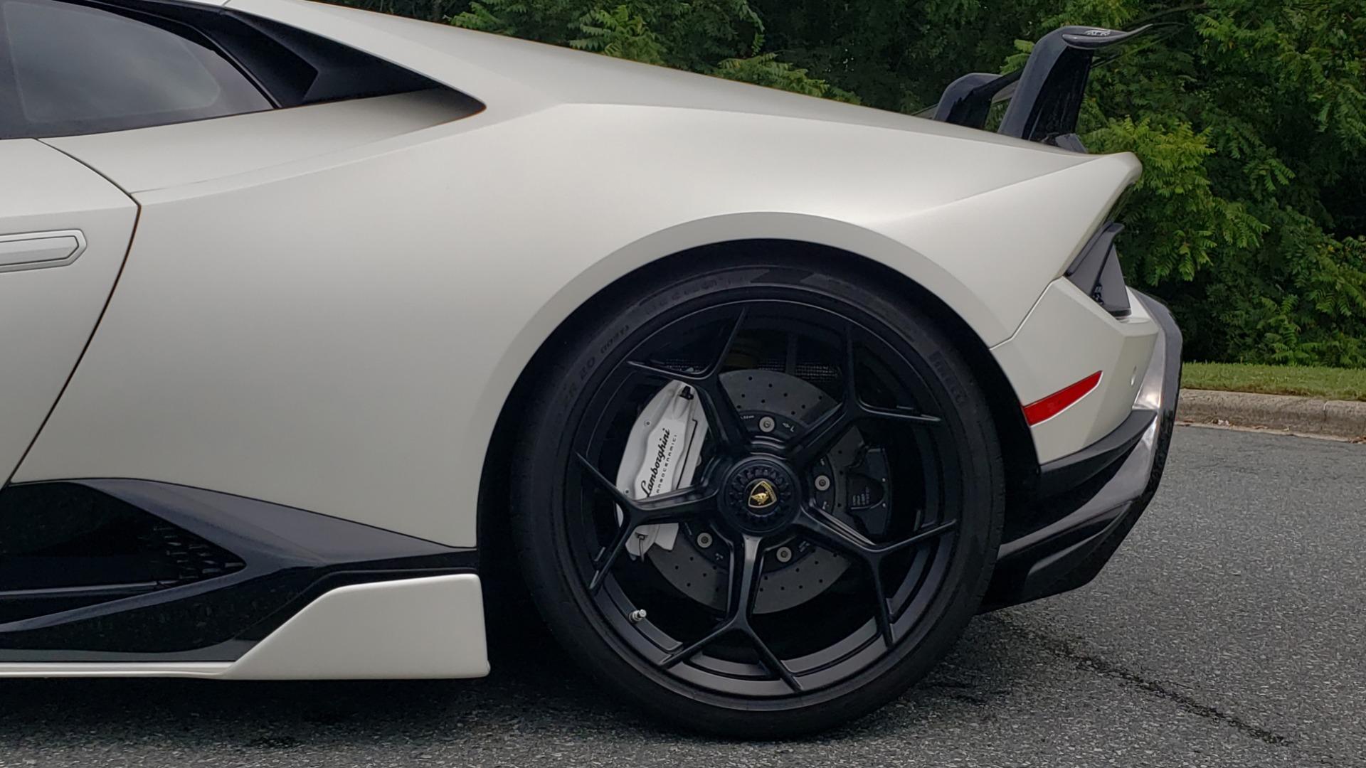 Used 2018 Lamborghini HURACAN PERFORMANTE 5.2L V10 / 630HP / 7-SPD AUTO / AWD / NAV / PREM SND for sale $269,995 at Formula Imports in Charlotte NC 28227 81