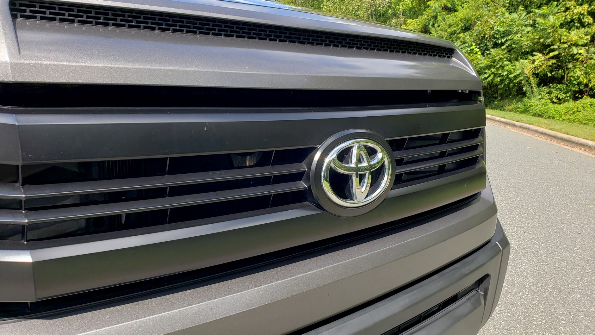 Used 2017 Toyota TUNDRA SR DOUBLECAB / 4WD / 6.5 BED / V8 / AUTO / REARVIEW for sale $33,995 at Formula Imports in Charlotte NC 28227 17