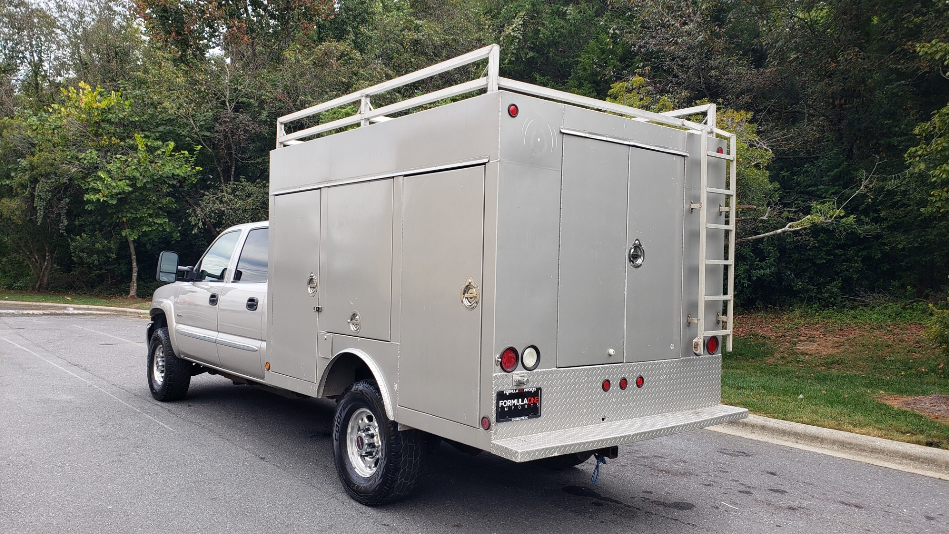 Used 2007 GMC SIERRA 2500HD CLASSIC SLT 4WD / 167WB / 6.6L DURAMAX / DOOMSDAY PREPPER for sale $13,999 at Formula Imports in Charlotte NC 28227 3