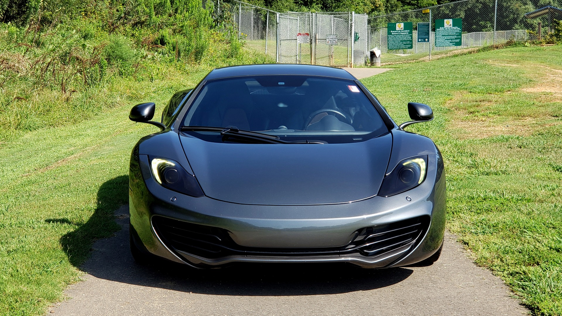 Used 2012 McLaren MP4-12C COUPE / 3.8 L V8 592HP / AUTO / NAV / CCB / LOW MILES for sale $97,999 at Formula Imports in Charlotte NC 28227 12