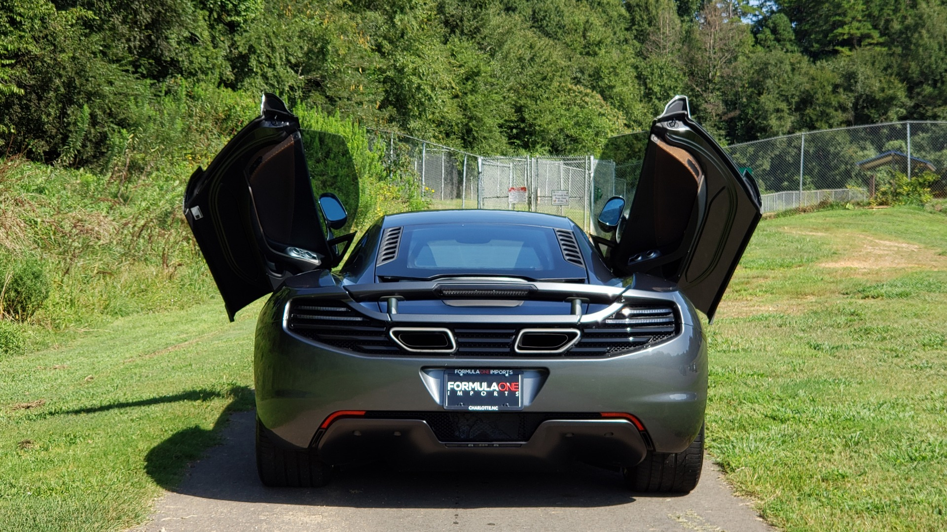 Used 2012 McLaren MP4-12C COUPE / 3.8 L V8 592HP / AUTO / NAV / CCB / LOW MILES for sale Sold at Formula Imports in Charlotte NC 28227 14
