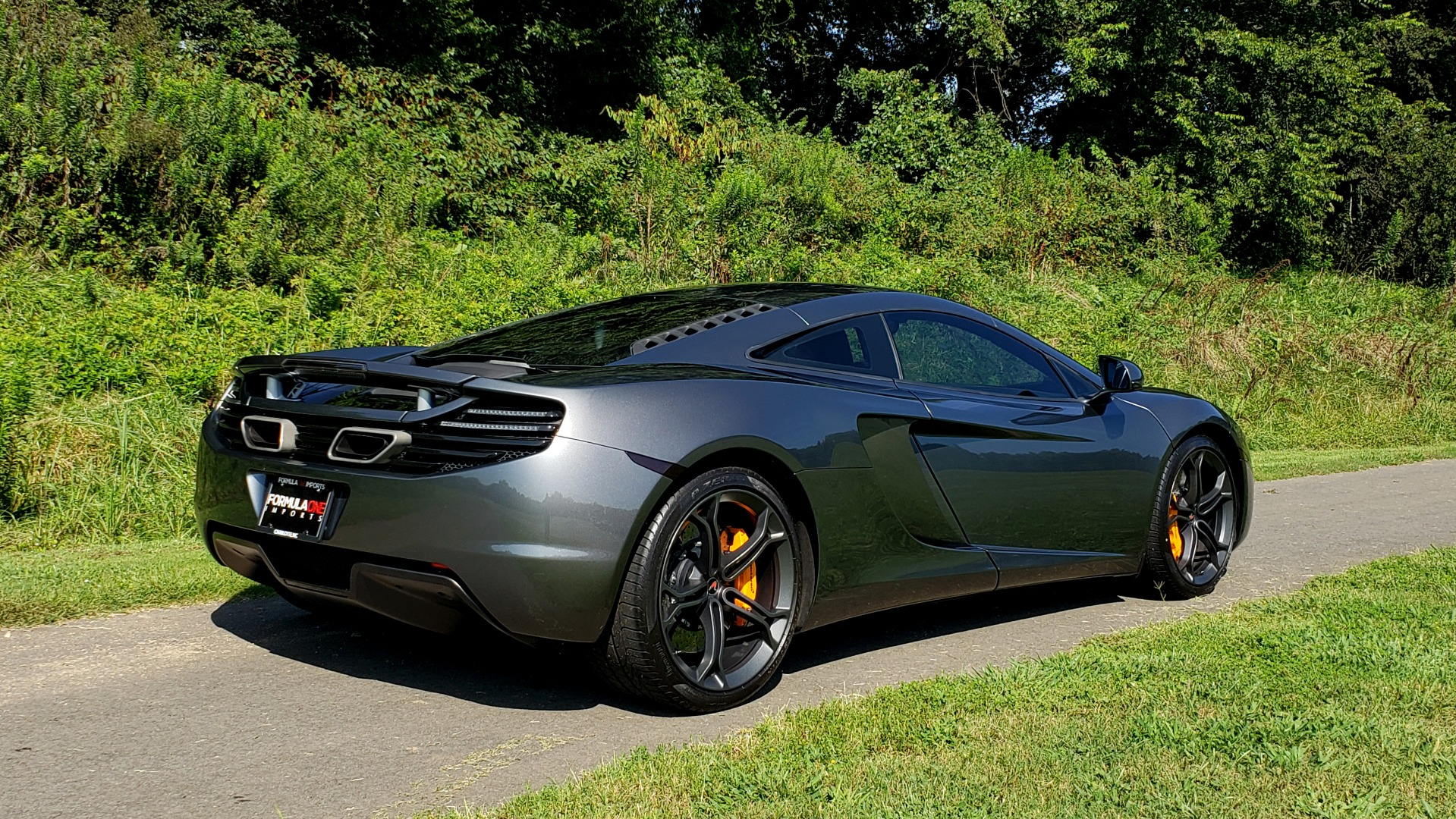 Used 2012 McLaren MP4-12C COUPE / 3.8 L V8 592HP / AUTO / NAV / CCB / LOW MILES for sale Sold at Formula Imports in Charlotte NC 28227 17