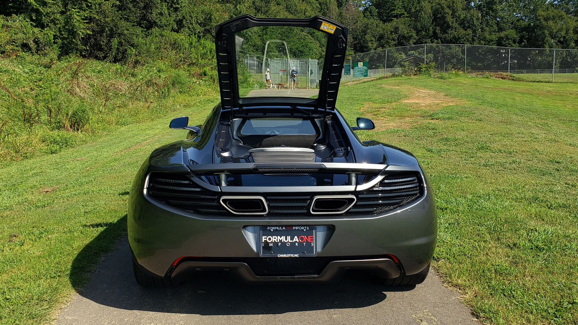 Used 2012 McLaren MP4-12C COUPE / 3.8 L V8 592HP / AUTO / NAV / CCB / LOW MILES for sale Sold at Formula Imports in Charlotte NC 28227 34