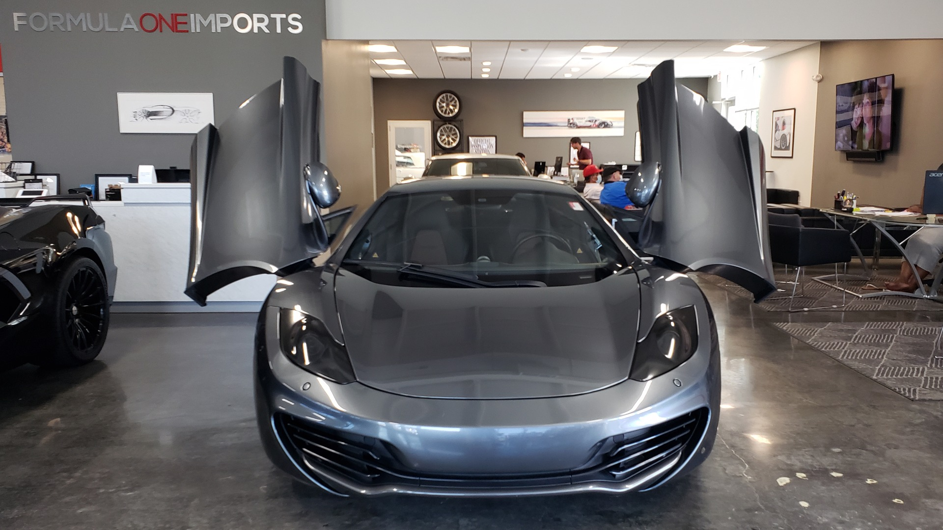 Used 2012 McLaren MP4-12C COUPE / 3.8 L V8 592HP / AUTO / NAV / CCB / LOW MILES for sale $97,999 at Formula Imports in Charlotte NC 28227 50