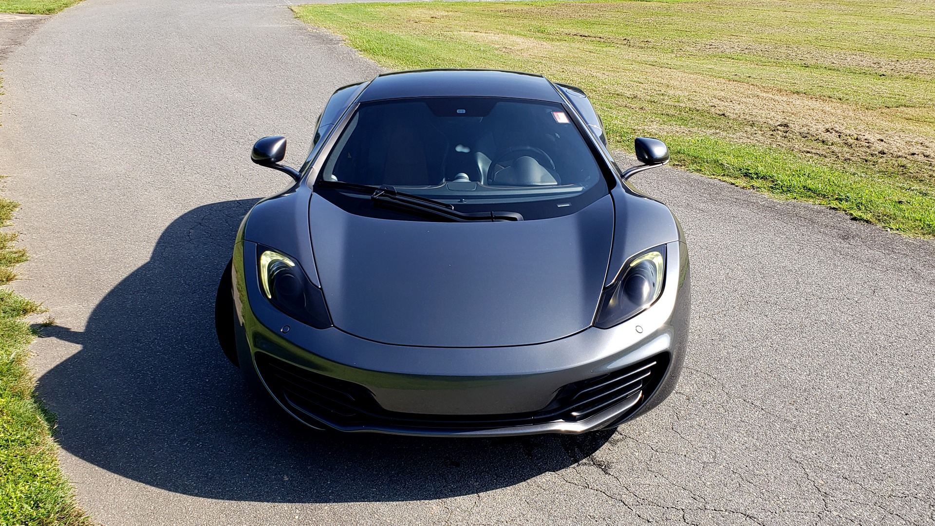 Used 2012 McLaren MP4-12C COUPE / 3.8 L V8 592HP / AUTO / NAV / CCB / LOW MILES for sale Sold at Formula Imports in Charlotte NC 28227 8