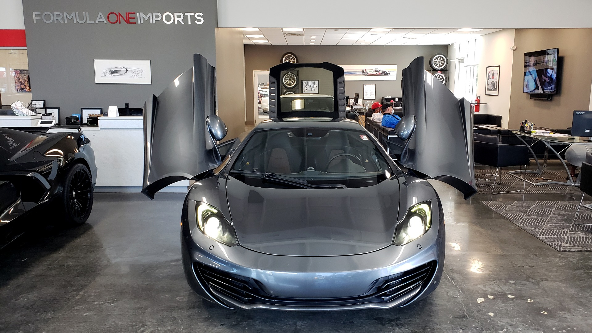 Used 2012 McLaren MP4-12C COUPE / 3.8 L V8 592HP / AUTO / NAV / CCB / LOW MILES for sale $97,999 at Formula Imports in Charlotte NC 28227 85