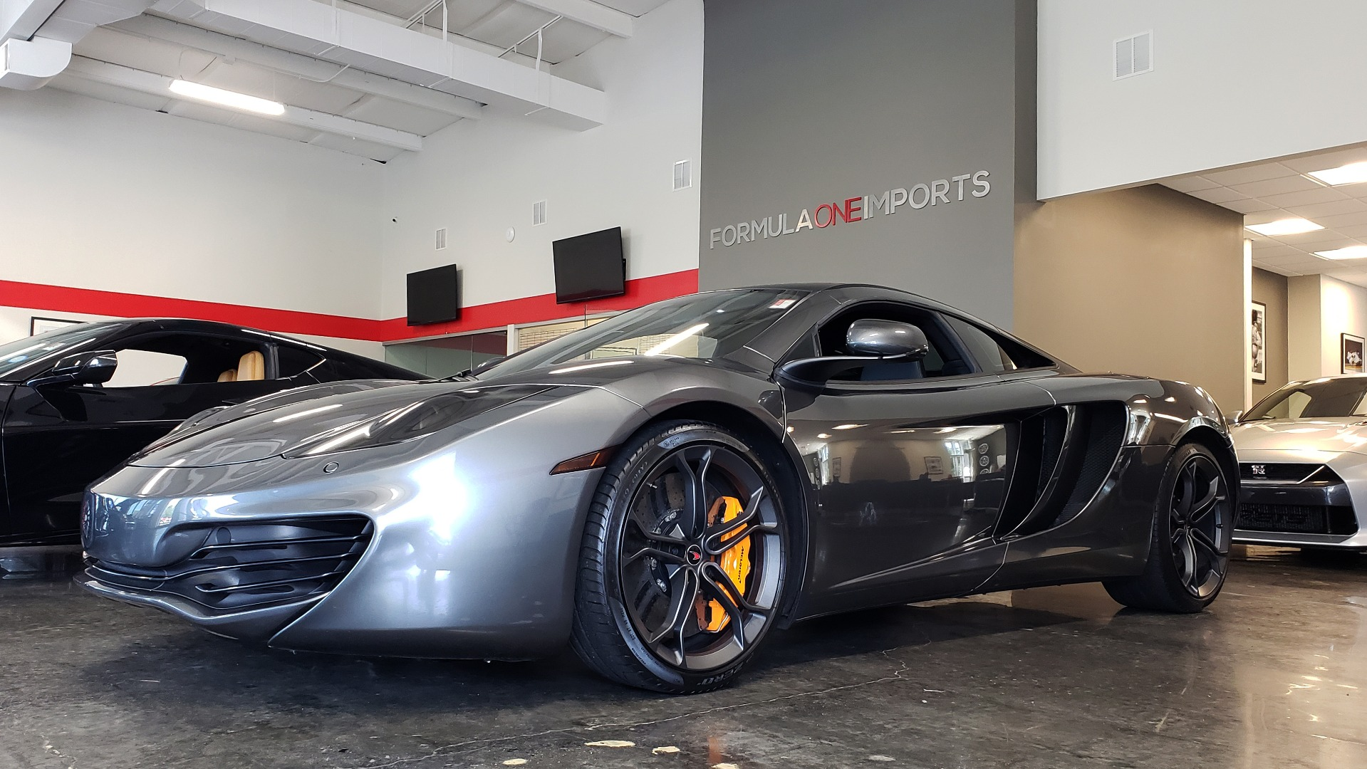 Used 2012 McLaren MP4-12C COUPE / 3.8 L V8 592HP / AUTO / NAV / CCB / LOW MILES for sale Sold at Formula Imports in Charlotte NC 28227 90