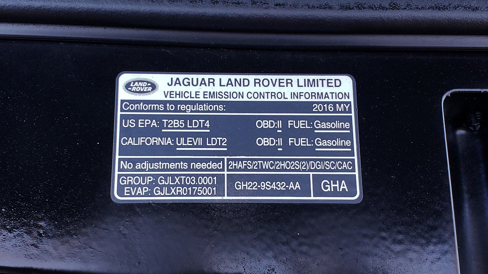 Used 2016 Land Rover LR4 HSE / NAV / VSN ASST / CLIMATE / MERIDIAN / REARVIEW for sale Sold at Formula Imports in Charlotte NC 28227 27