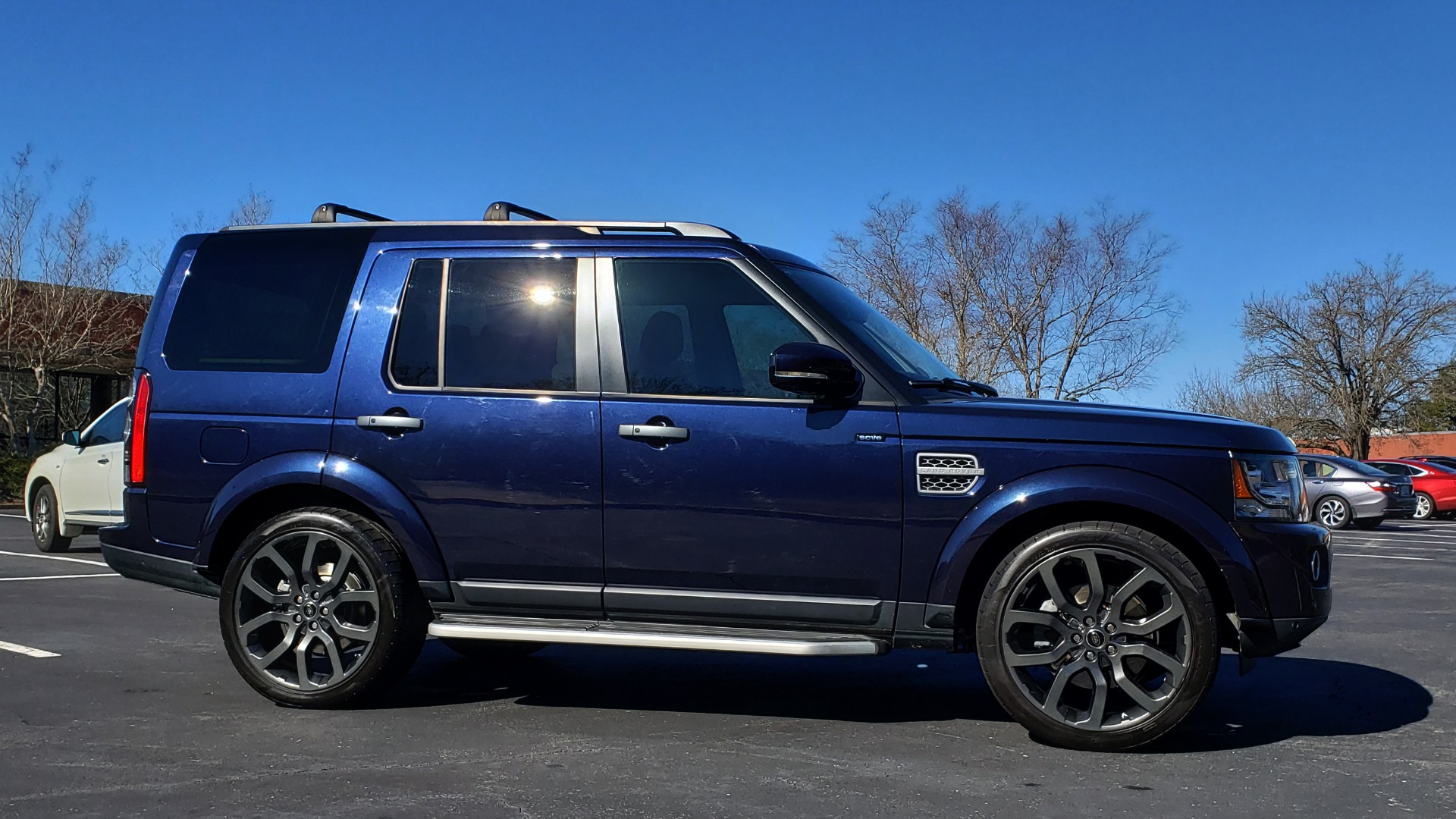 Used 2016 Land Rover LR4 HSE / NAV / VSN ASST / CLIMATE / MERIDIAN / REARVIEW for sale Sold at Formula Imports in Charlotte NC 28227 5