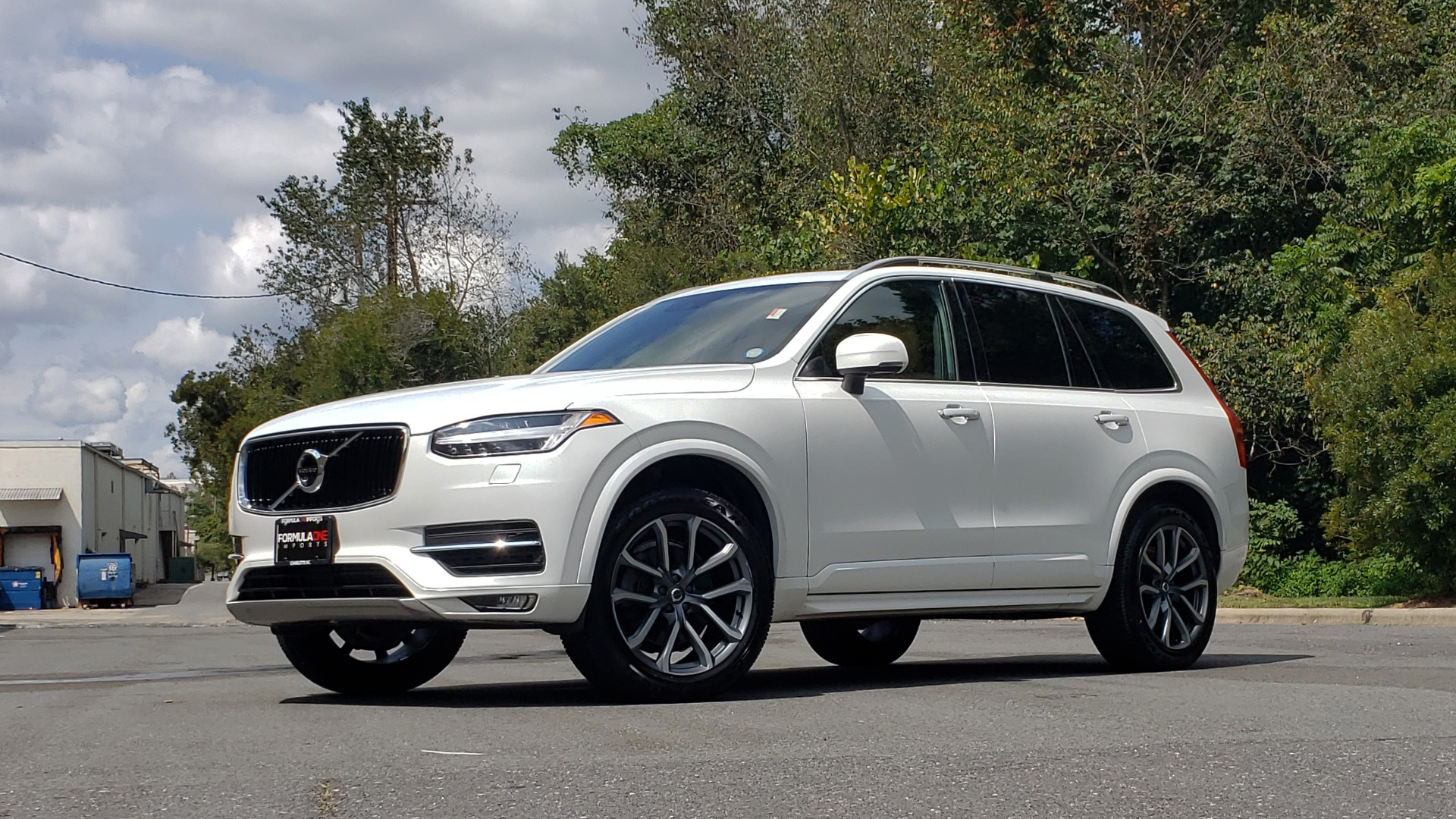 Used 2017 Volvo XC90 MOMENTUM PLUS T6 AWD / NAV / VISION / PROTECTION PKG for sale $34,995 at Formula Imports in Charlotte NC 28227 2