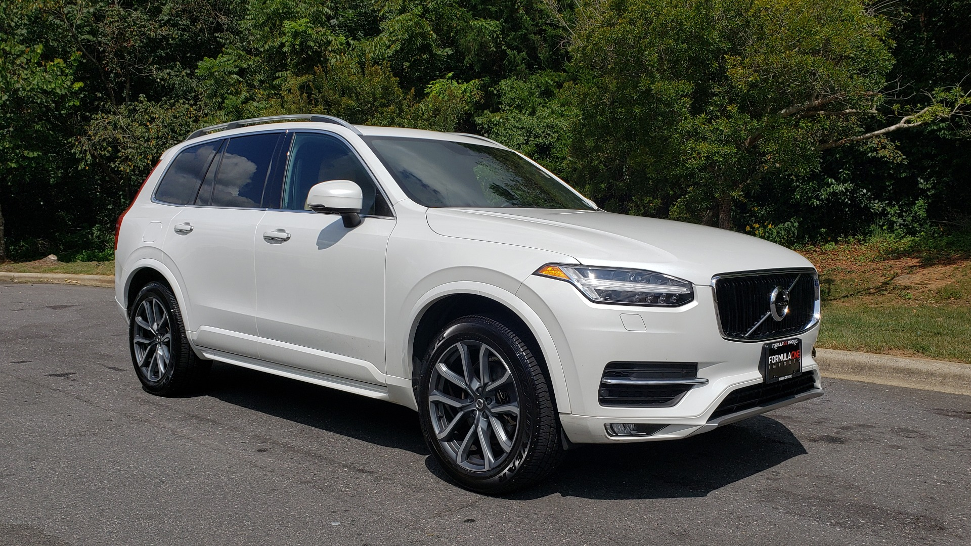 Used 2017 Volvo XC90 MOMENTUM PLUS T6 AWD / NAV / VISION / PROTECTION PKG for sale $34,995 at Formula Imports in Charlotte NC 28227 3