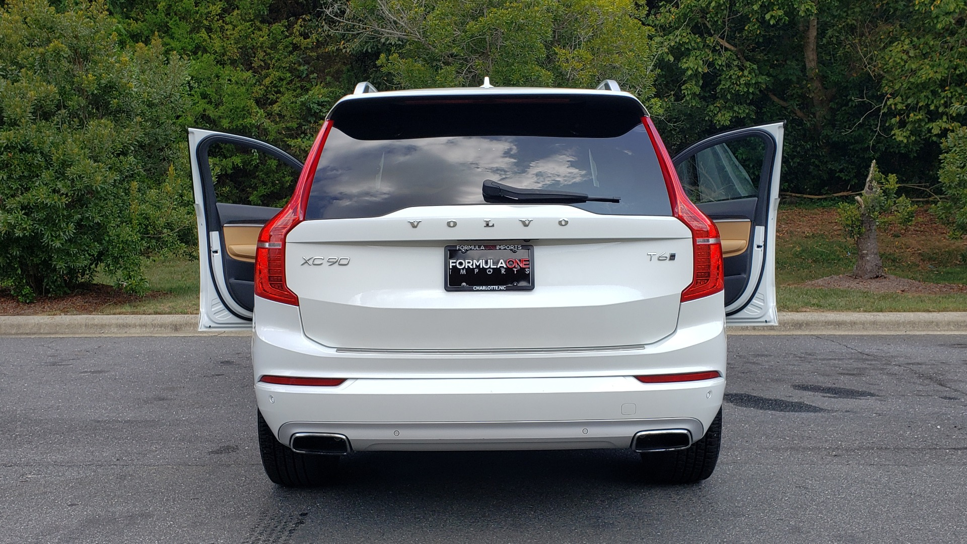 Used 2017 Volvo XC90 MOMENTUM PLUS T6 AWD / NAV / VISION / PROTECTION PKG for sale $34,995 at Formula Imports in Charlotte NC 28227 30