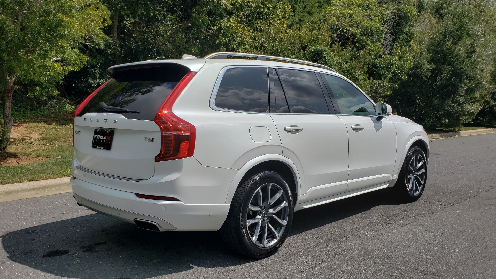 Used 2017 Volvo XC90 MOMENTUM PLUS T6 AWD / NAV / VISION / PROTECTION PKG for sale $34,995 at Formula Imports in Charlotte NC 28227 5