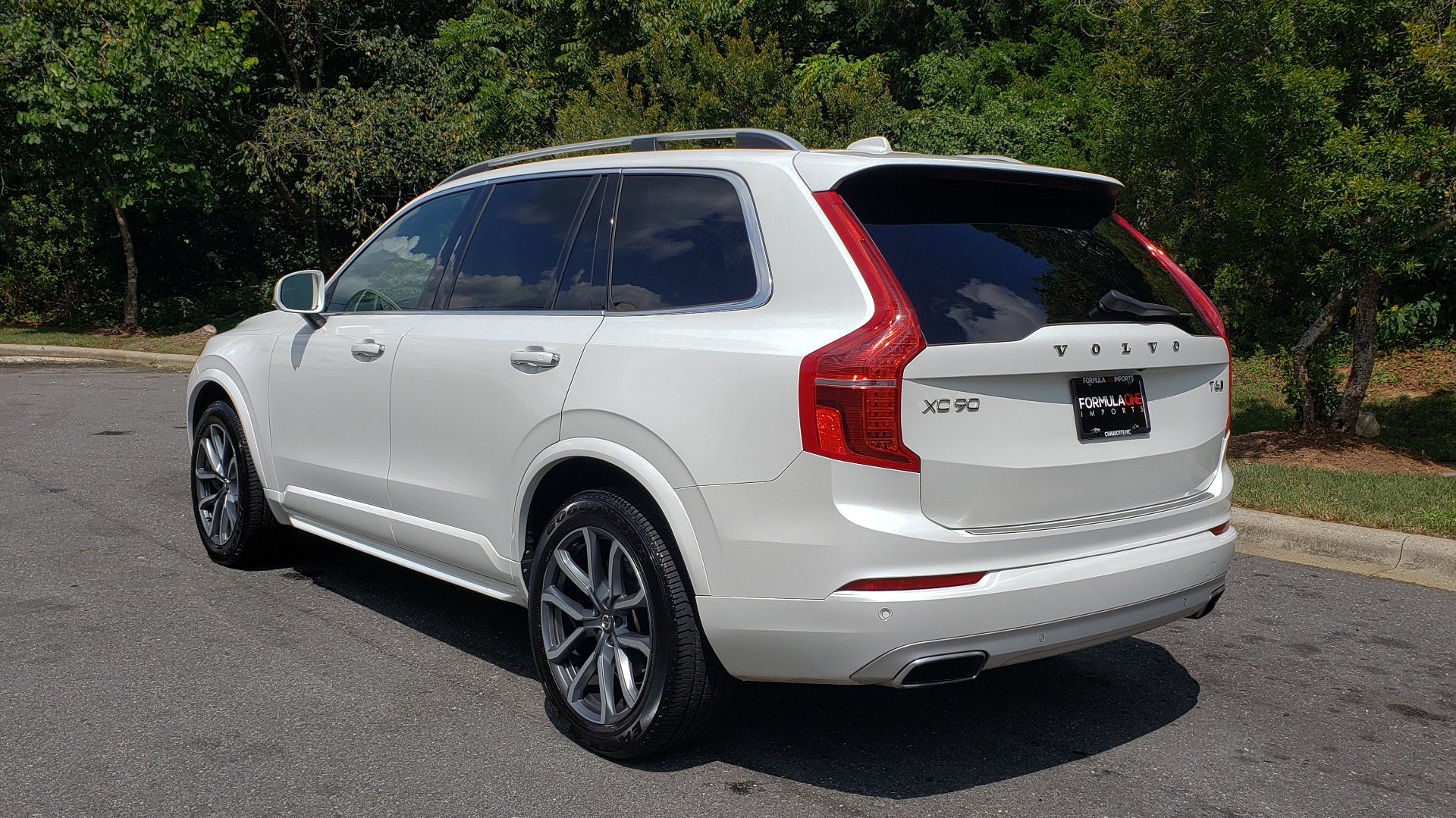 Used 2017 Volvo XC90 MOMENTUM PLUS T6 AWD / NAV / VISION / PROTECTION PKG for sale $34,995 at Formula Imports in Charlotte NC 28227 8