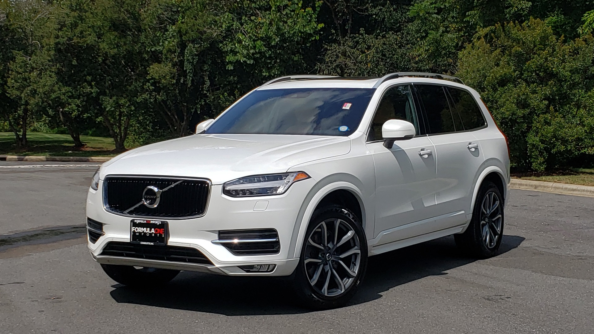 Used 2017 Volvo XC90 MOMENTUM PLUS T6 AWD / NAV / VISION / PROTECTION PKG for sale $34,995 at Formula Imports in Charlotte NC 28227 1