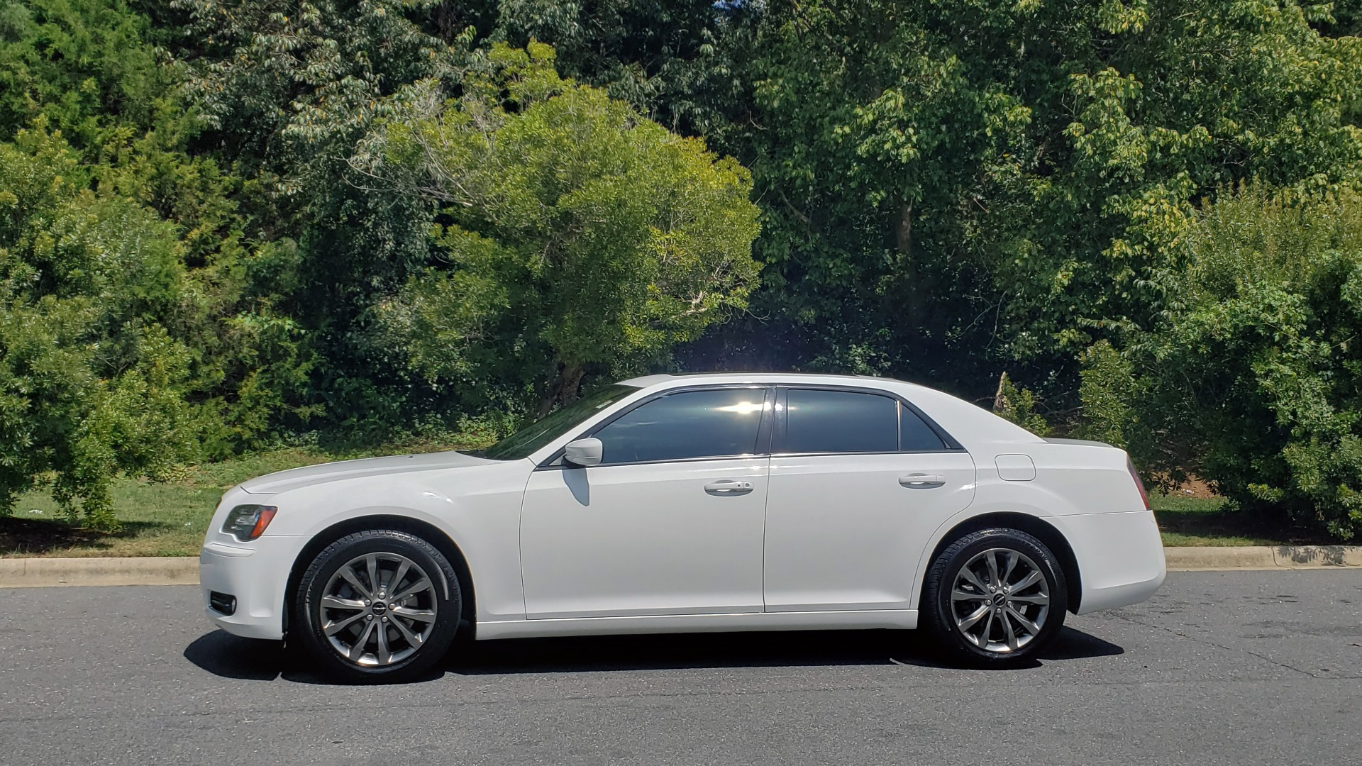 Used 2014 Chrysler 300 S / AWD / NAV / PANO-ROOF / HTD STS / BEATS SOUND / REARVIEW for sale Sold at Formula Imports in Charlotte NC 28227 2
