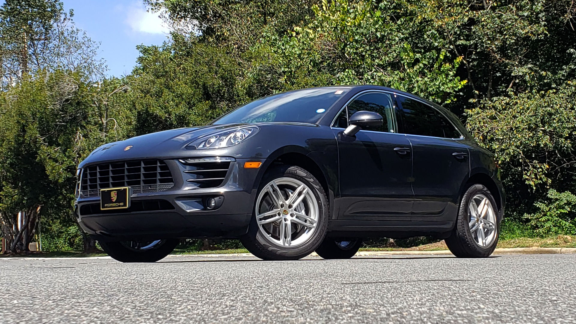 Used 2017 Porsche MACAN S PREMIUM PKG / NAV / BOSE / SUNROOF / REARVIEW for sale Sold at Formula Imports in Charlotte NC 28227 2
