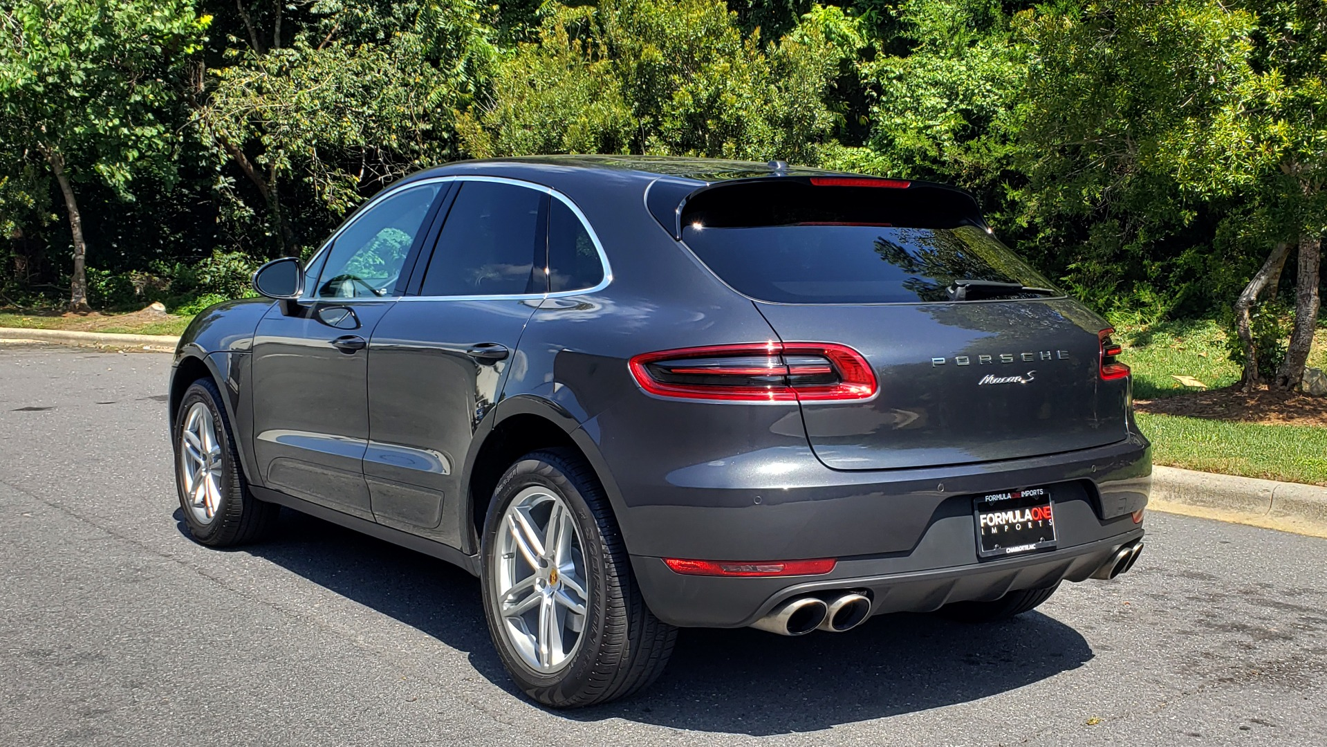 Used 2017 Porsche MACAN S PREMIUM PKG / NAV / BOSE / SUNROOF / REARVIEW for sale Sold at Formula Imports in Charlotte NC 28227 5