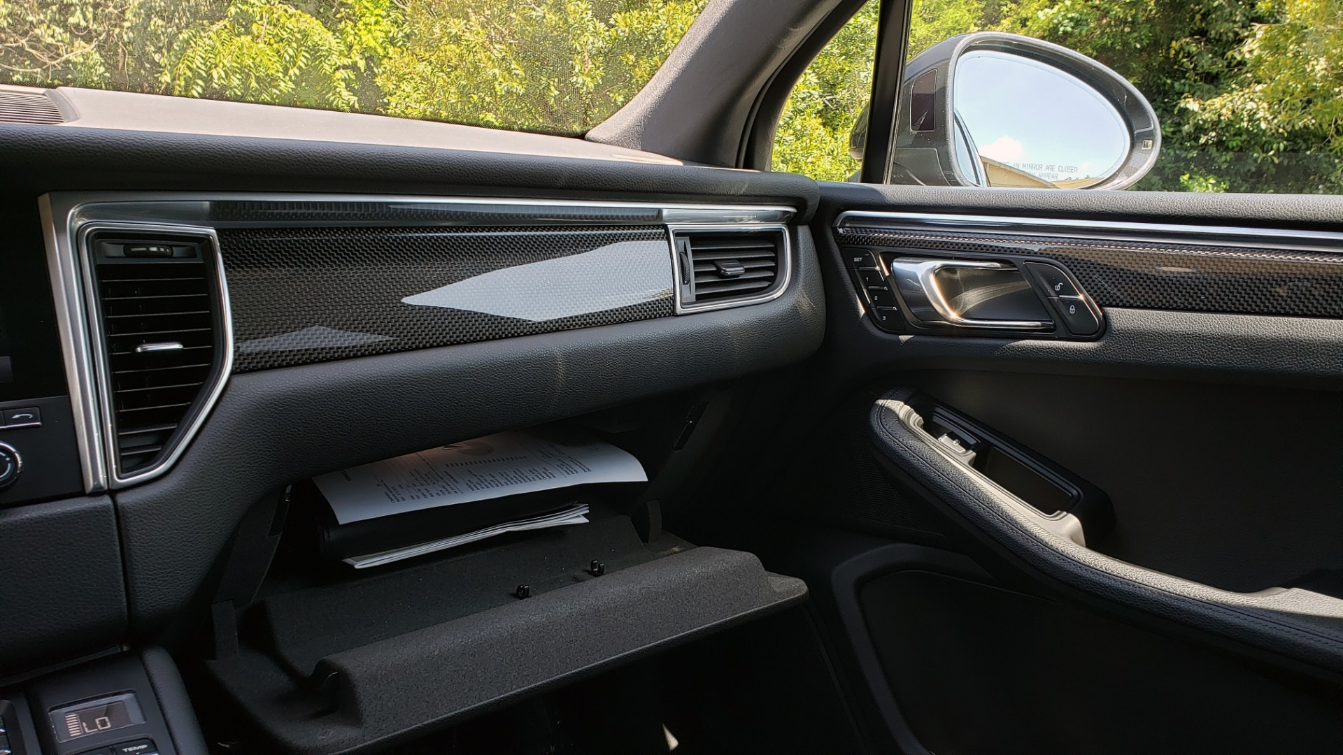 Used 2017 Porsche MACAN S PREMIUM PKG / NAV / BOSE / SUNROOF / REARVIEW for sale Sold at Formula Imports in Charlotte NC 28227 67