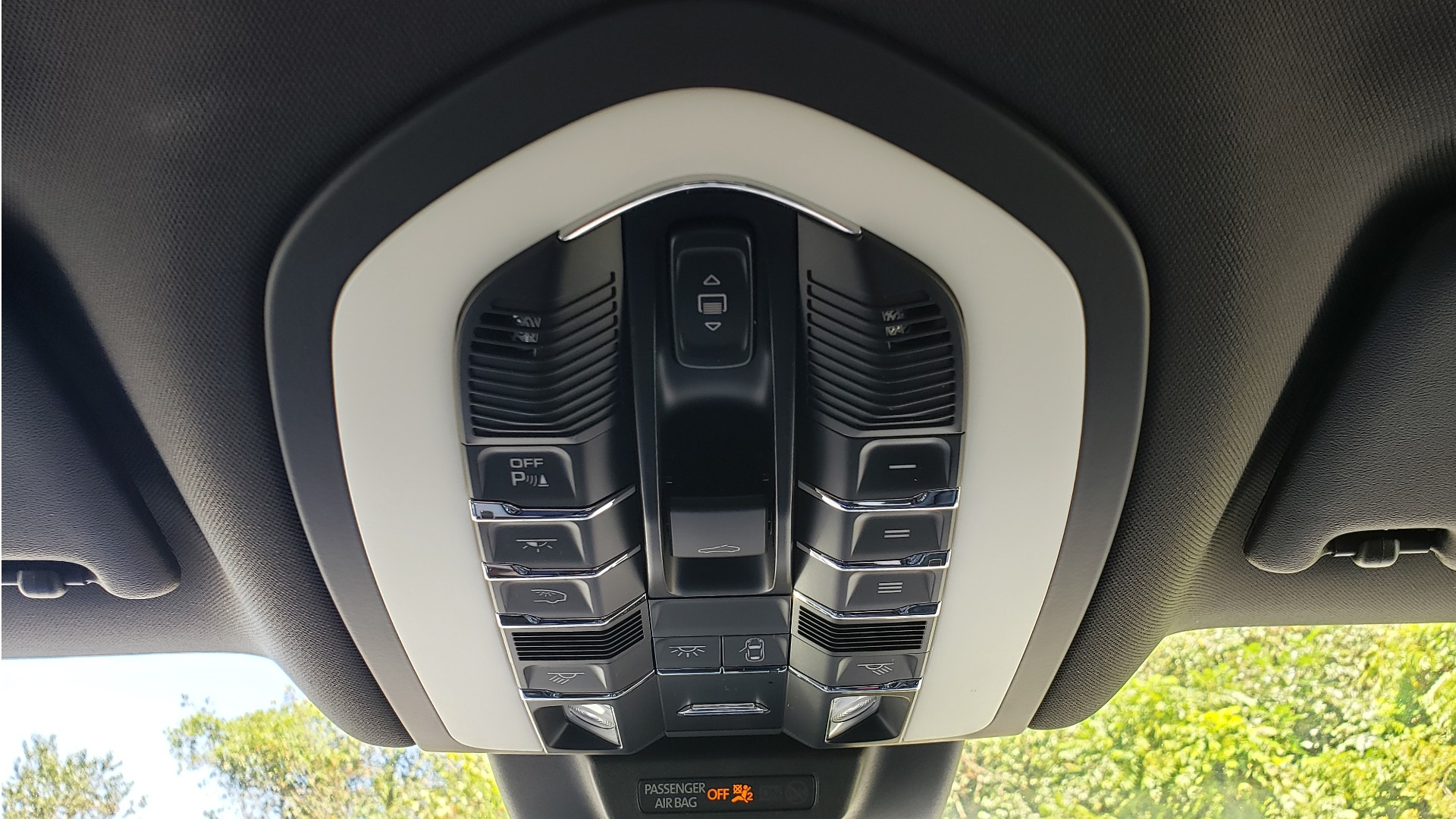 Used 2017 Porsche MACAN S PREMIUM PKG / NAV / BOSE / SUNROOF / REARVIEW for sale Sold at Formula Imports in Charlotte NC 28227 71