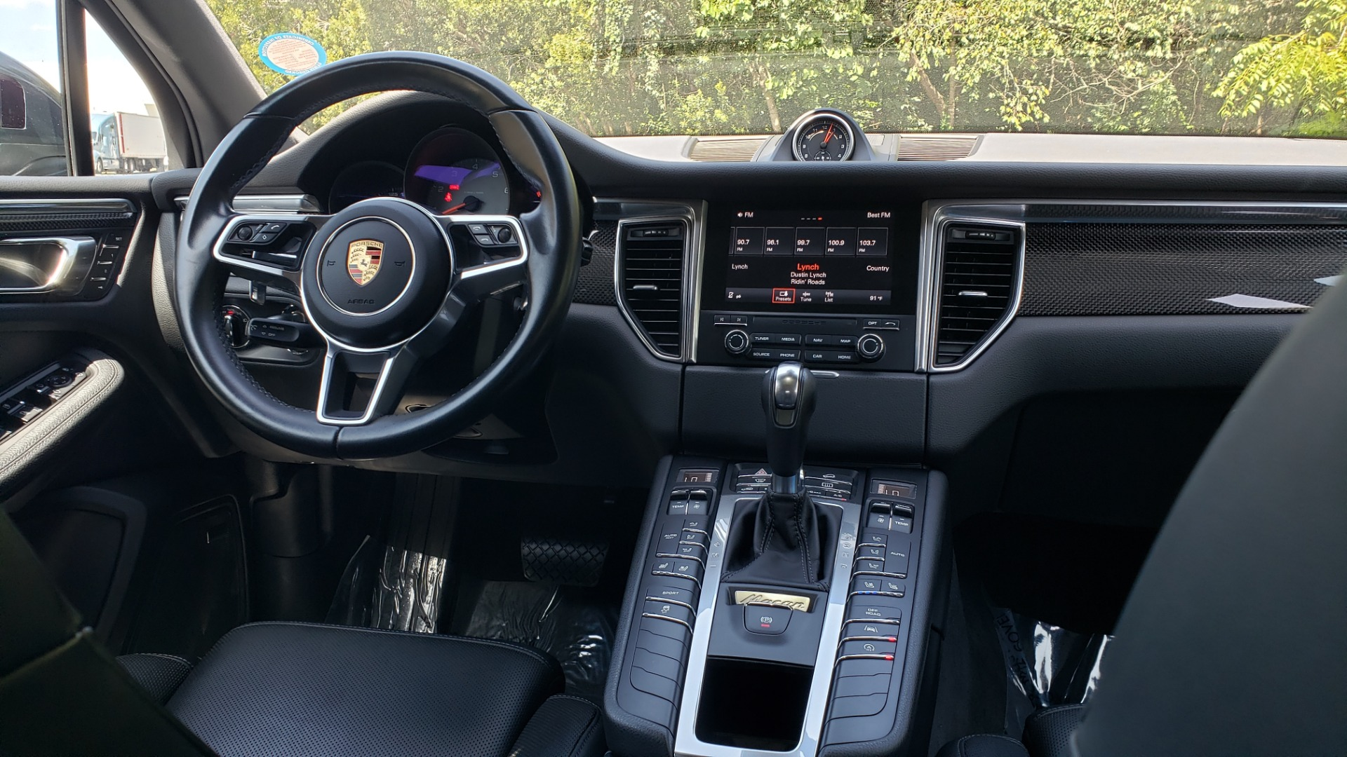 Used 2017 Porsche MACAN S PREMIUM PKG / NAV / BOSE / SUNROOF / REARVIEW for sale Sold at Formula Imports in Charlotte NC 28227 95