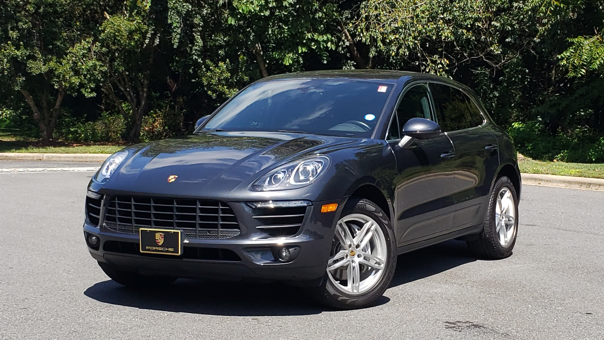 Used 2017 Porsche MACAN S PREMIUM PKG / NAV / BOSE / SUNROOF / REARVIEW for sale Sold at Formula Imports in Charlotte NC 28227 1