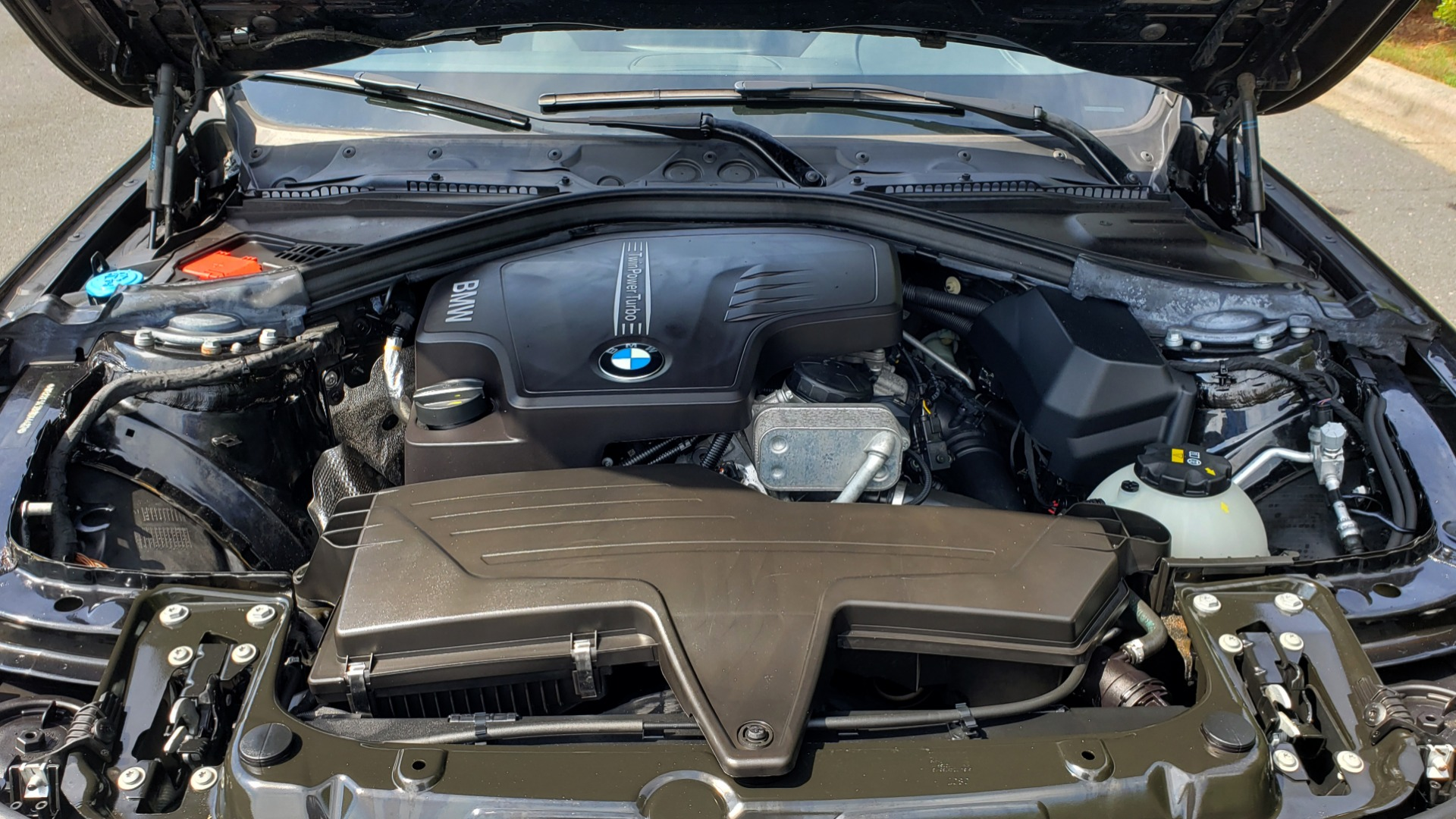 Used 2017 BMW 3 SERIES 320I XDRIVE / DRVR ASST / NAV / SUNROOF / HTD STS / REARVIEW for sale $21,995 at Formula Imports in Charlotte NC 28227 11