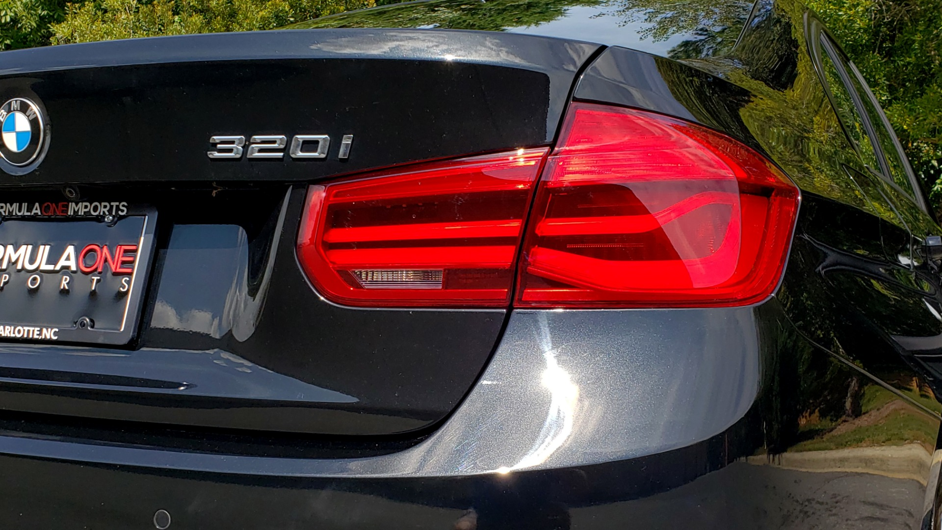 Used 2017 BMW 3 SERIES 320I XDRIVE / DRVR ASST / NAV / SUNROOF / HTD STS / REARVIEW for sale $21,995 at Formula Imports in Charlotte NC 28227 29