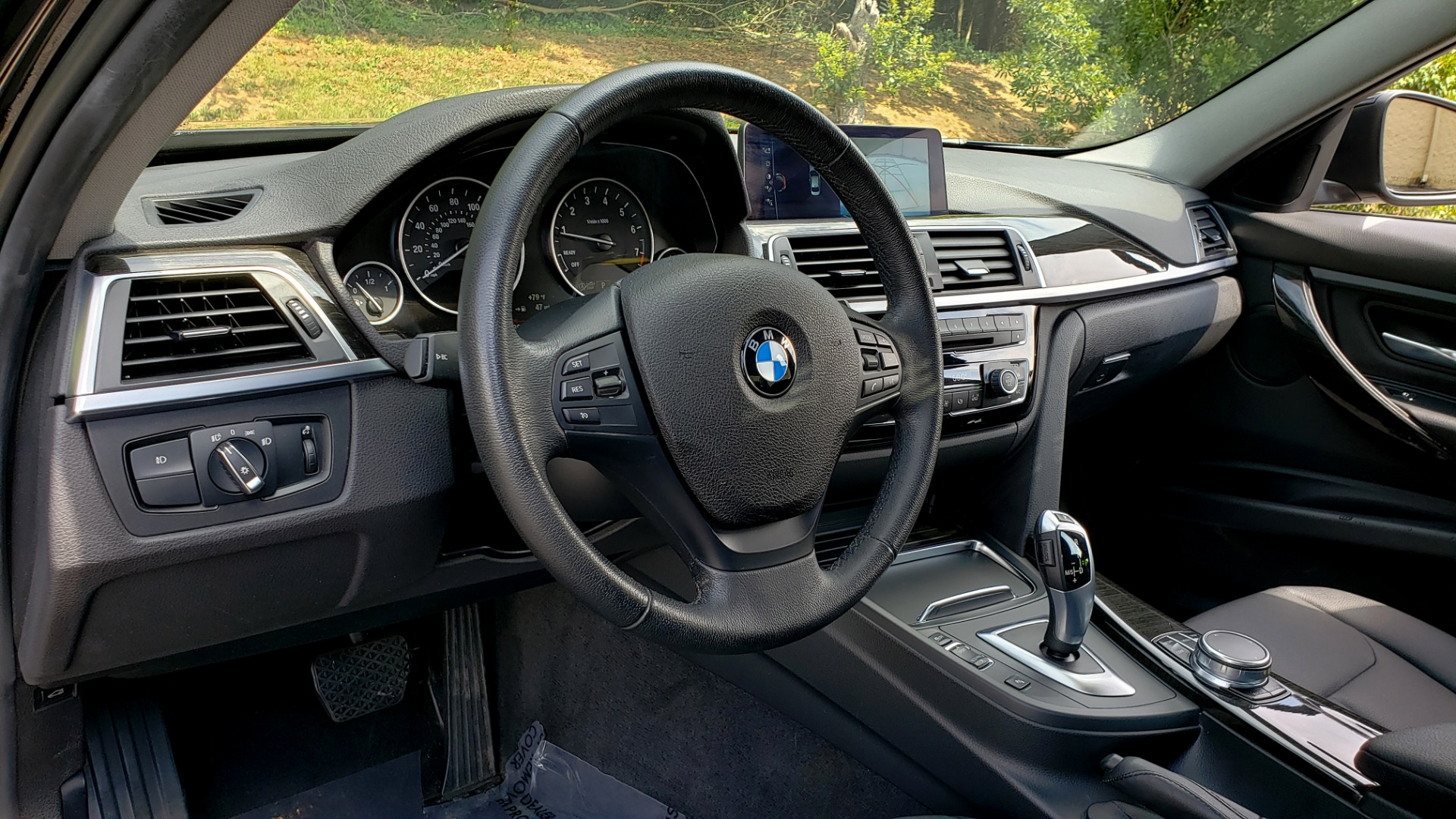 Used 2017 BMW 3 SERIES 320I XDRIVE / DRVR ASST / NAV / SUNROOF / HTD STS / REARVIEW for sale $21,995 at Formula Imports in Charlotte NC 28227 36