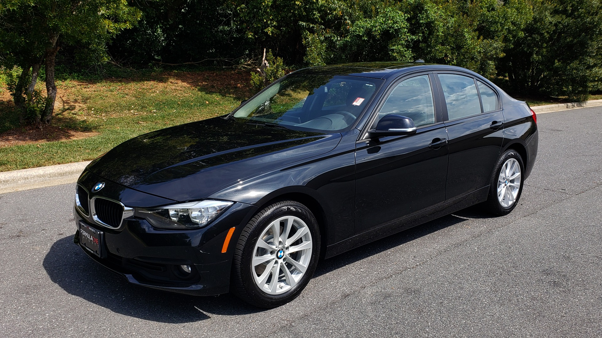 Used 2017 BMW 3 SERIES 320I XDRIVE / DRVR ASST / NAV / SUNROOF / HTD STS / REARVIEW for sale $21,995 at Formula Imports in Charlotte NC 28227 1