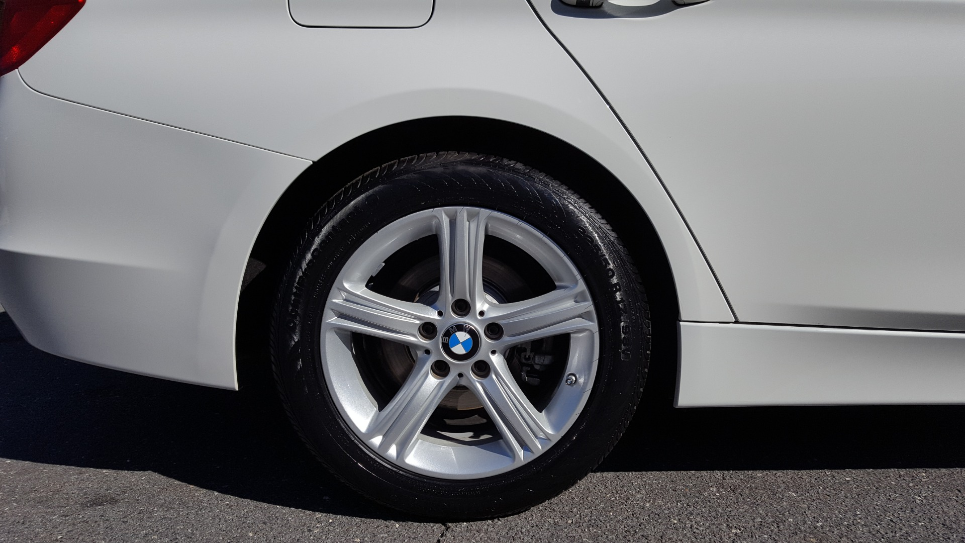 Used 2015 BMW 3 SERIES 328I SEDAN / SUNROOF / LEATHER / 8-SPEED AUTO / RWD for sale Sold at Formula Imports in Charlotte NC 28227 76