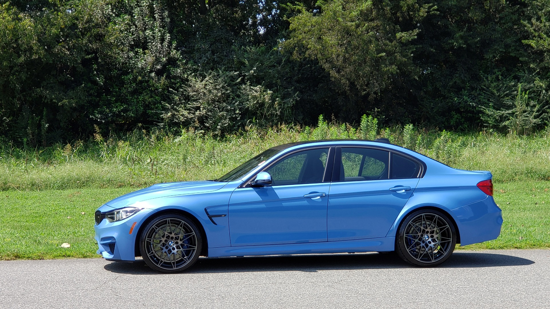 Used 2018 BMW M3 COMPETITION PKG / 6-SPD MANUAL / NAV / CARBON FIBER ROOF / REARVIEW for sale Sold at Formula Imports in Charlotte NC 28227 39