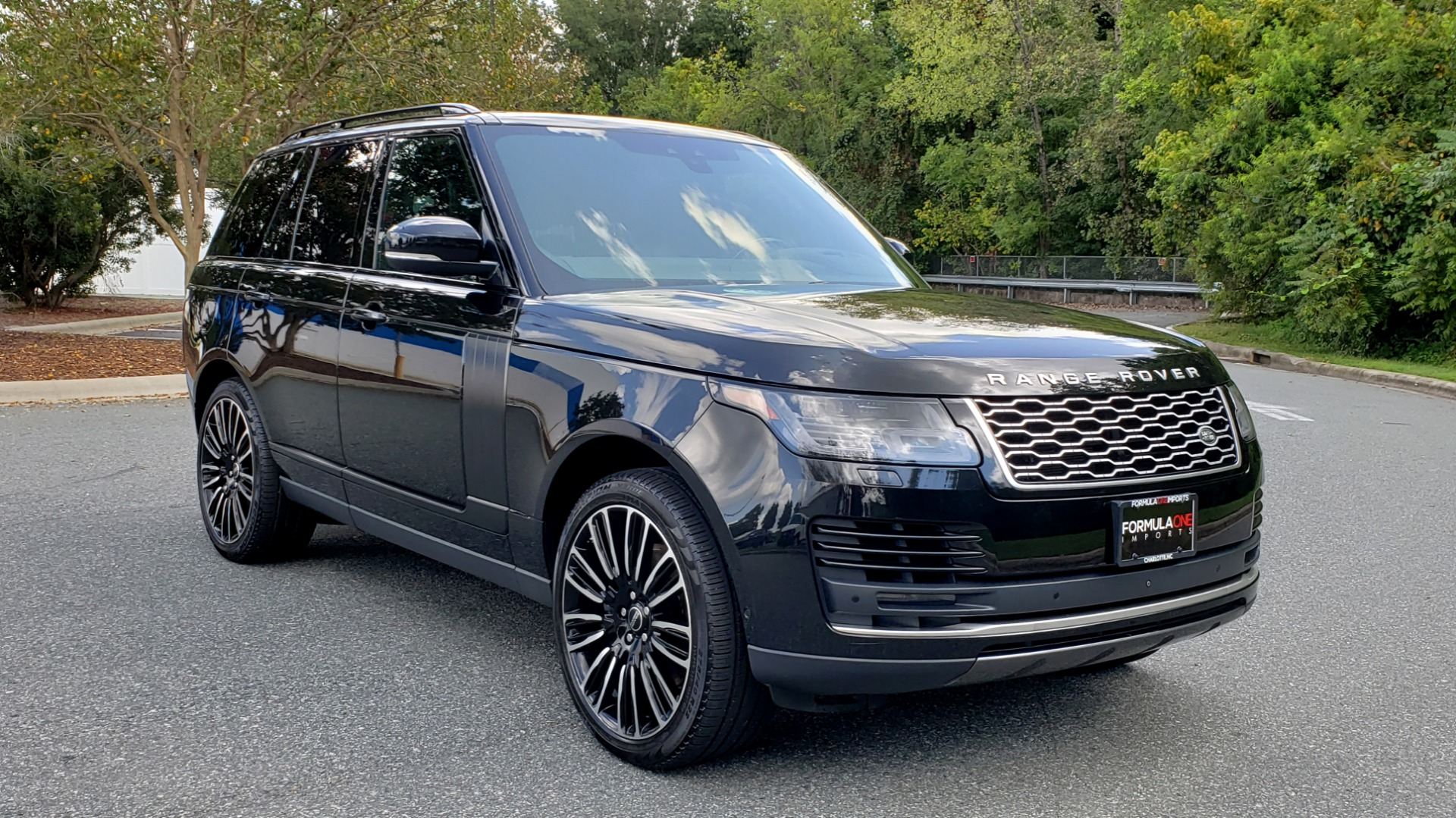 Used 2019 Land Rover RANGE ROVER SCV8 / NAV / PANO-ROOF / MERIDIAN / REARVIEW for sale Sold at Formula Imports in Charlotte NC 28227 11