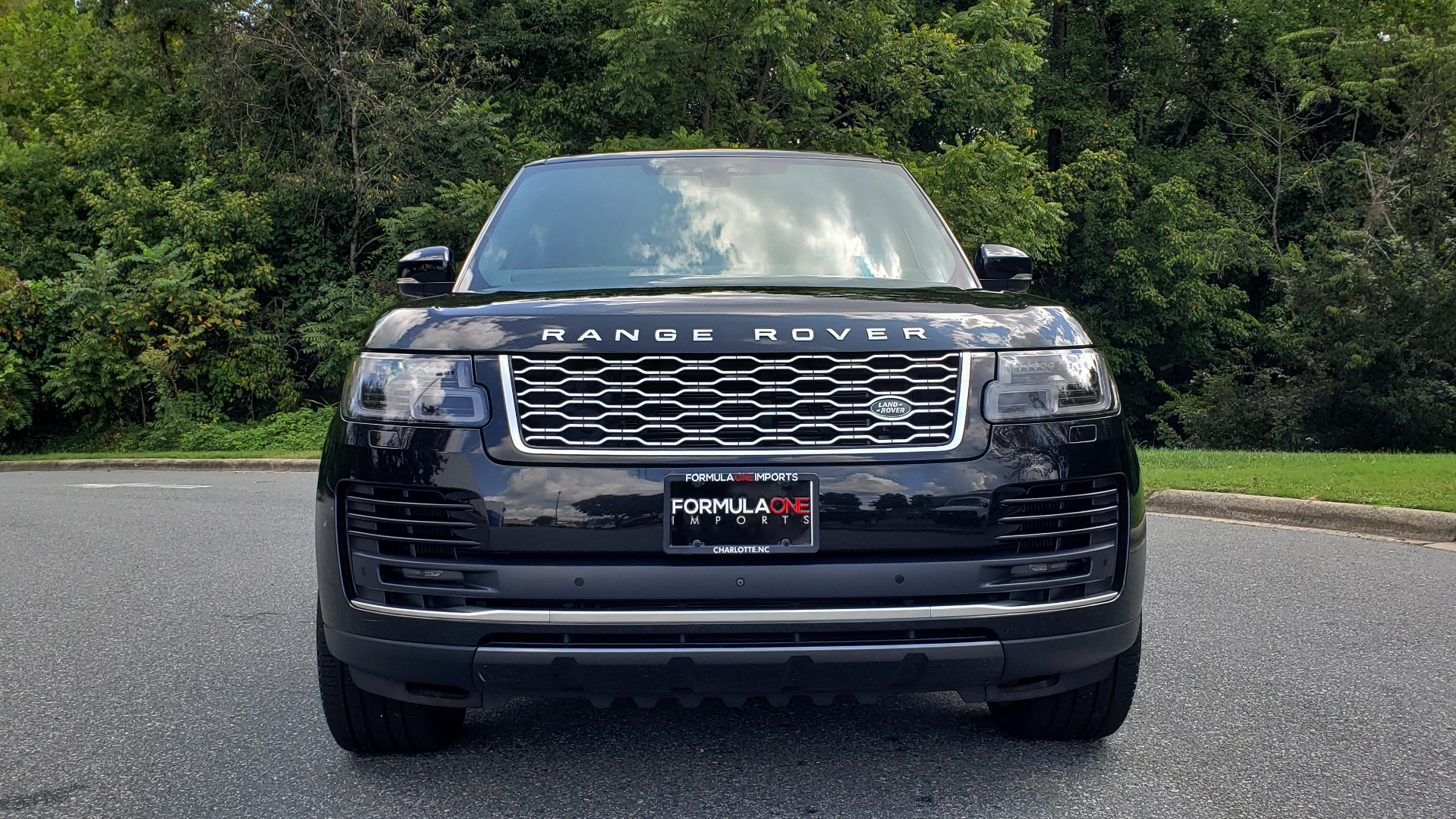 Used 2019 Land Rover RANGE ROVER SCV8 / NAV / PANO-ROOF / MERIDIAN / REARVIEW for sale Sold at Formula Imports in Charlotte NC 28227 33