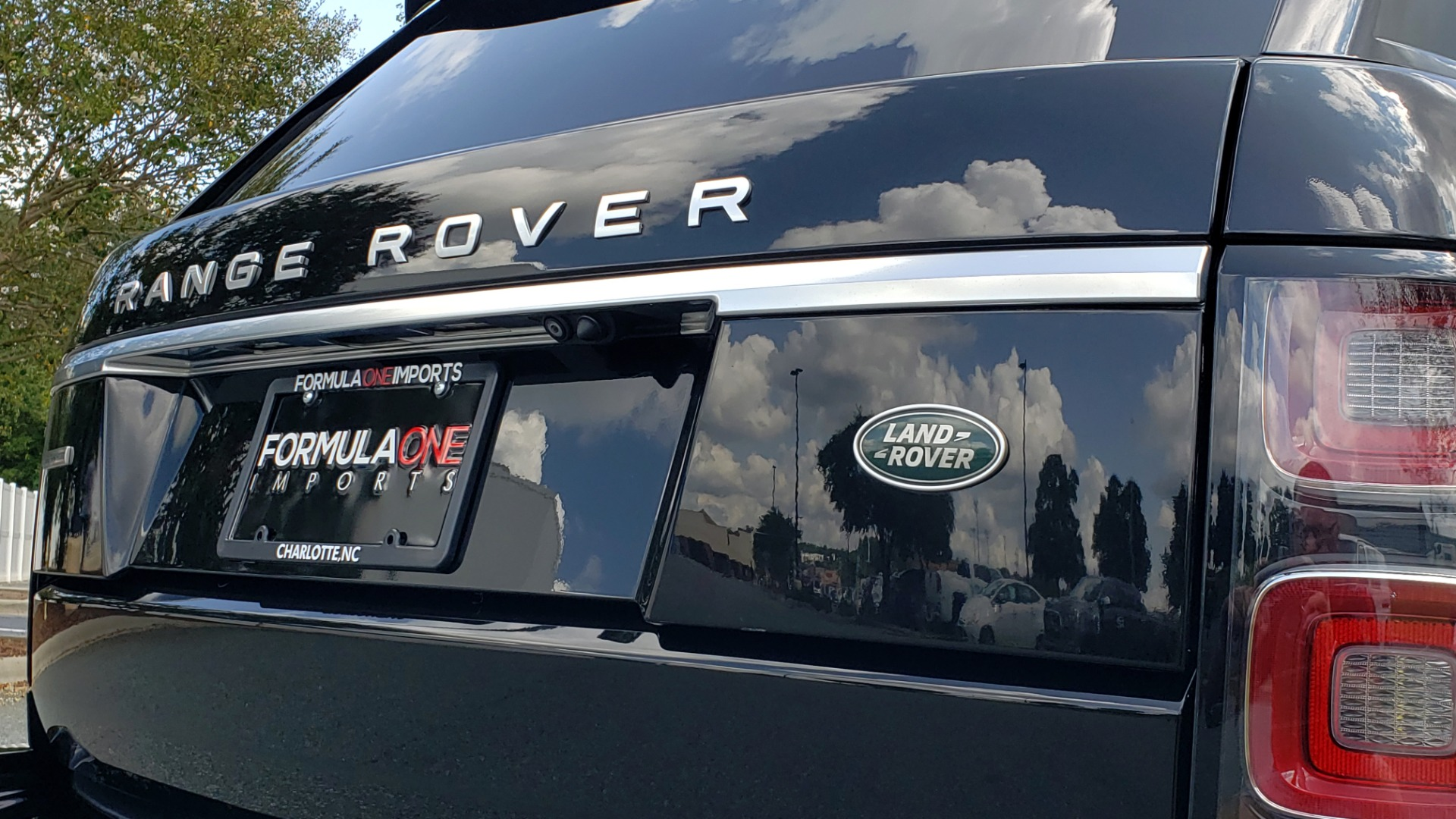 Used 2019 Land Rover RANGE ROVER SCV8 / NAV / PANO-ROOF / MERIDIAN / REARVIEW for sale Sold at Formula Imports in Charlotte NC 28227 43